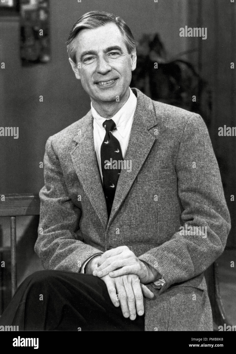 Fred Rogers Mister Rogers Neighborhood Circa 1984 File Reference 32337 259tha Stock Photo Alamy