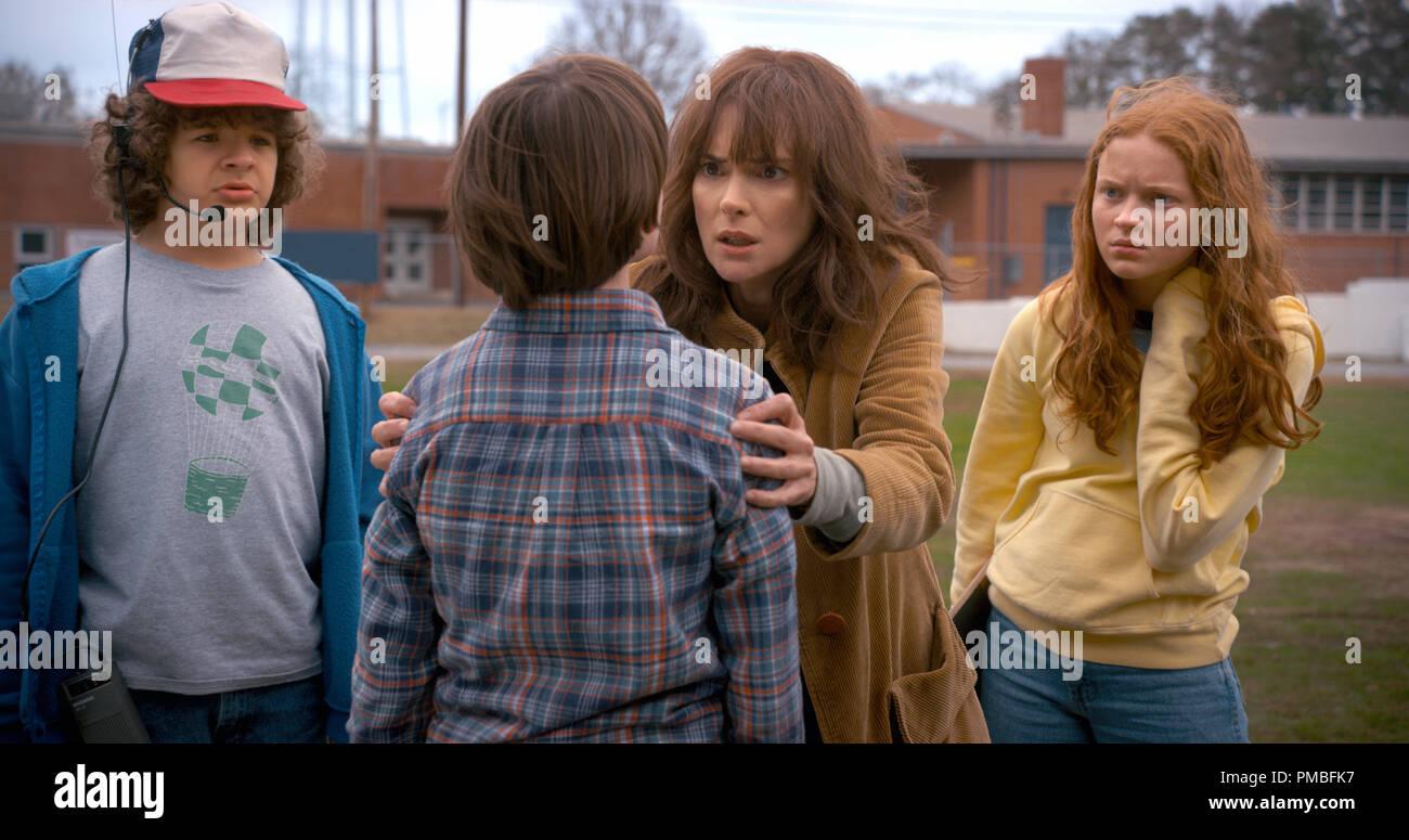 Gaten Matarazzo, Winona Ryder, Sadie Sink, Noah Schnapp, 'Stranger Things' Season 2 (2017) Netflix - Stock Image