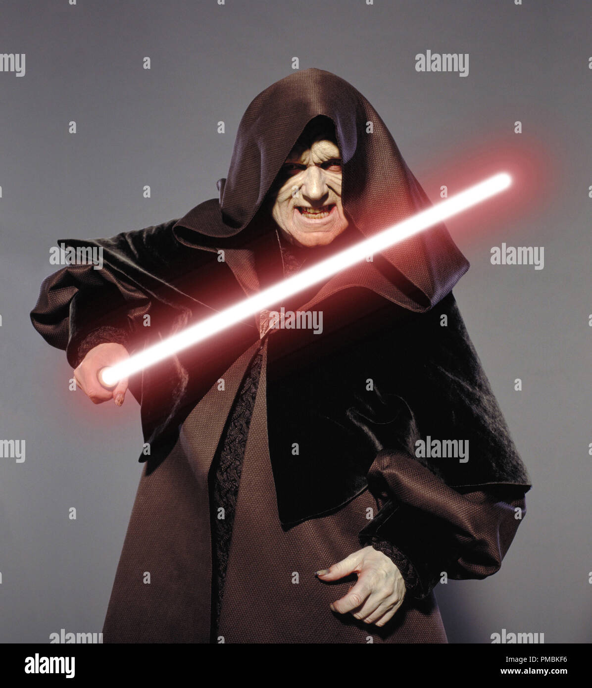 Ian Mcdiarmid Plays Emperor Palpatine In Star Wars Episode Iii Revenge Of The Sith Tm C 2005 Lucasfilm Ltd All Rights Reserved Stock Photo Alamy