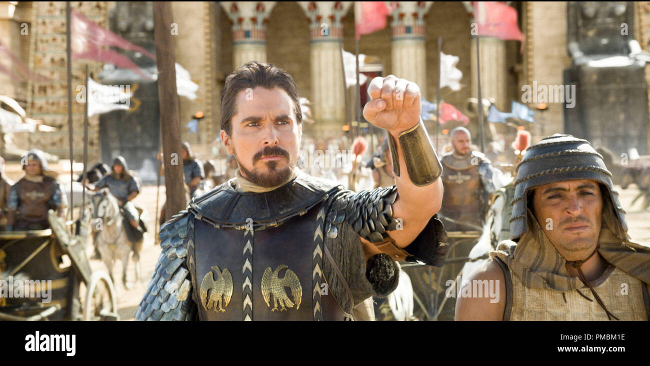 'Exodus: Gods and Kings' (2014) Christian Bale as Moses leads the Egyptians into battle. - Stock Image