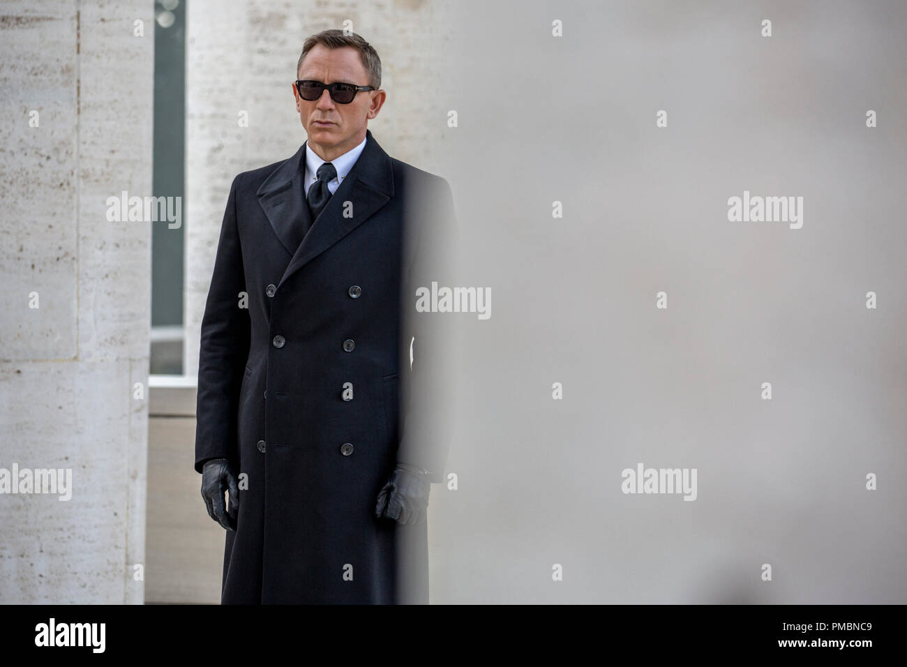 Daniel Craig stars as James Bond in Metro-Goldwyn-Mayer Pictures/Columbia Pictures/EON Productions' action adventure SPECTRE. - Stock Image