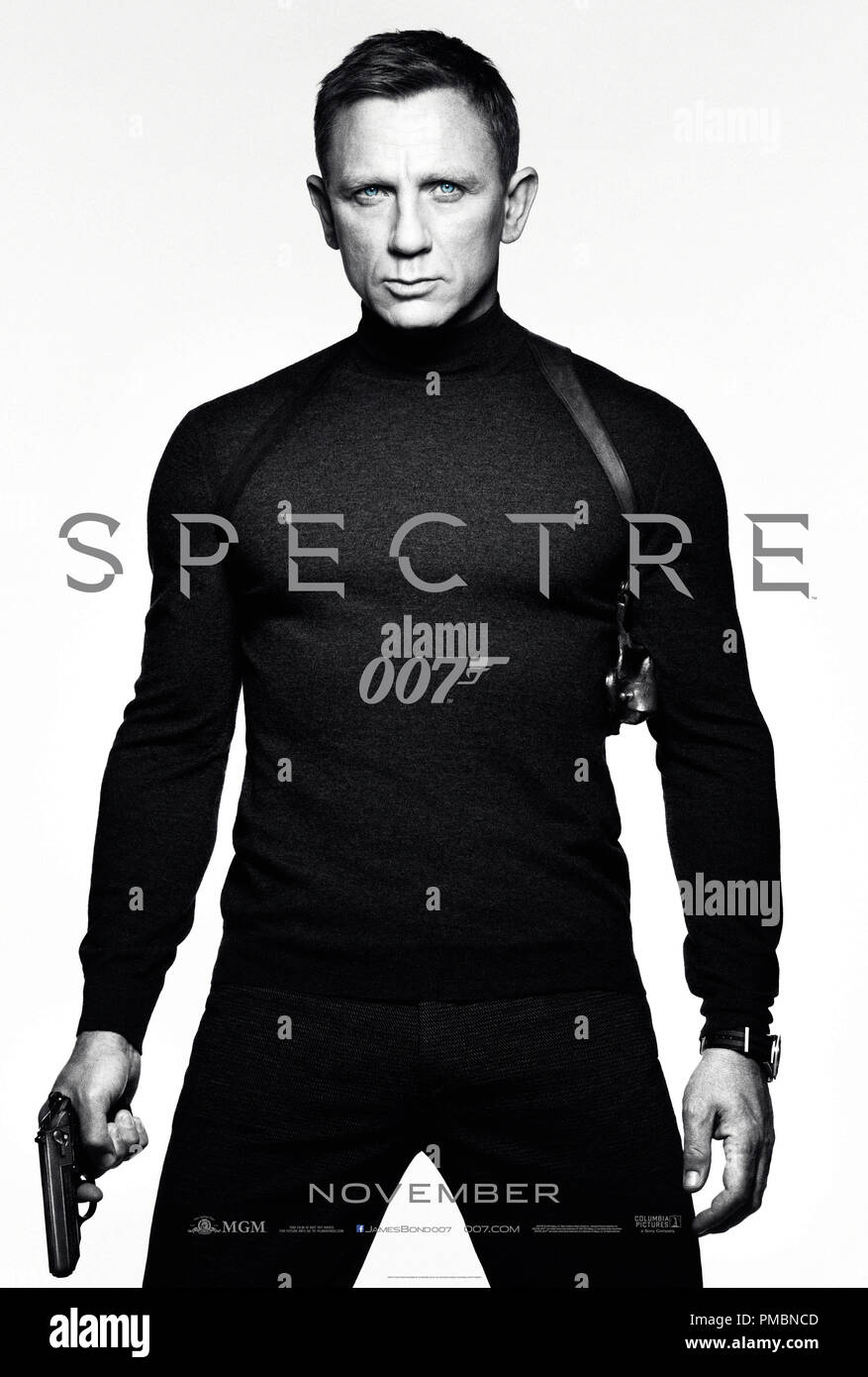 Daniel Craig stars as James Bond in Metro-Goldwyn-Mayer Pictures/Columbia Pictures/EON Productions' action adventure SPECTRE. Poster - Stock Image