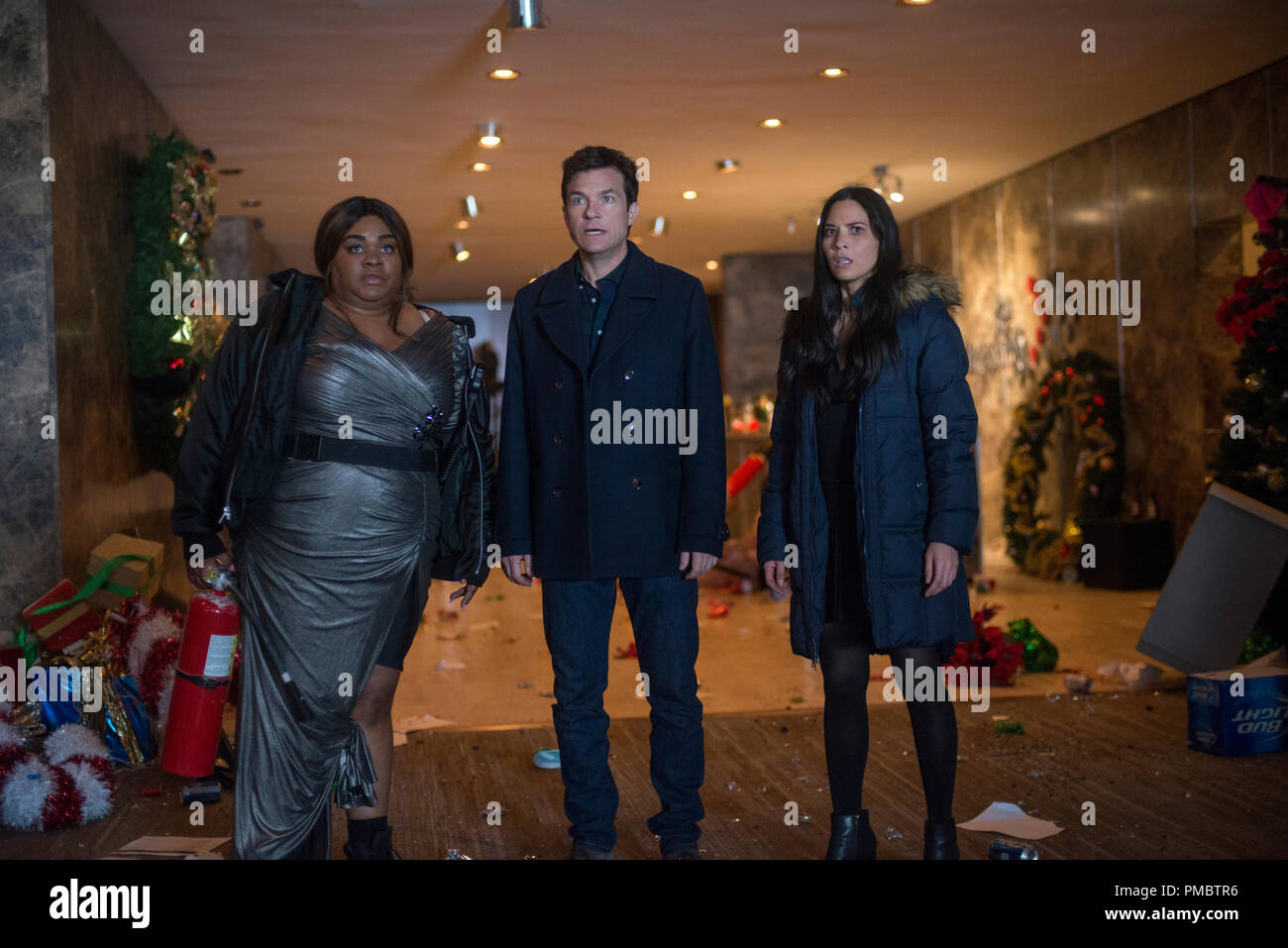 L-R) Da\'Vine Joy Randolph as Carla, Jason Bateman as Josh Parker and ...