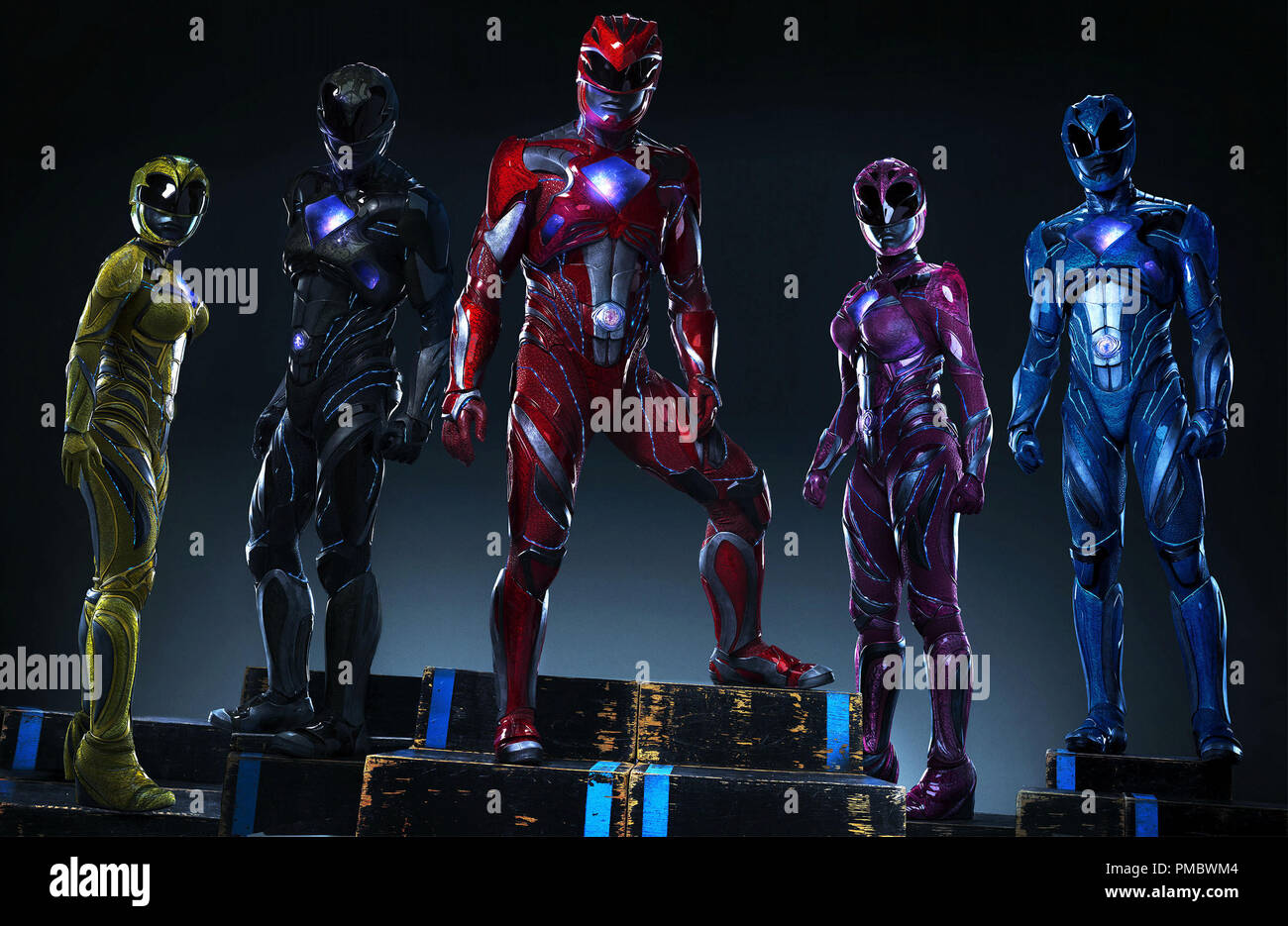 From left to right: Trini the Yellow Ranger (Becky G), Zack the Black Ranger (Ludi Lin), Jason the Red Ranger (Dacre Montgomery), Kimberly the Pink Ranger (Naomi Scott) and Billy the Blue Ranger (RJ Cyler) in SABAN'S POWER RANGERS. (2017) Lions Gate - Stock Image