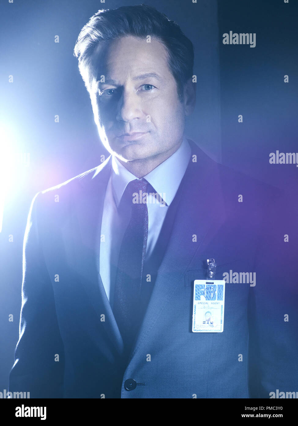 THE X-FILES:  David Duchovny as FBI Special Agent Fox  Mulder in THE X-FILES on Fox. © 2018 Fox Broadcasting Co.  Cr:  Frank Ockenfels/Fox - Stock Image