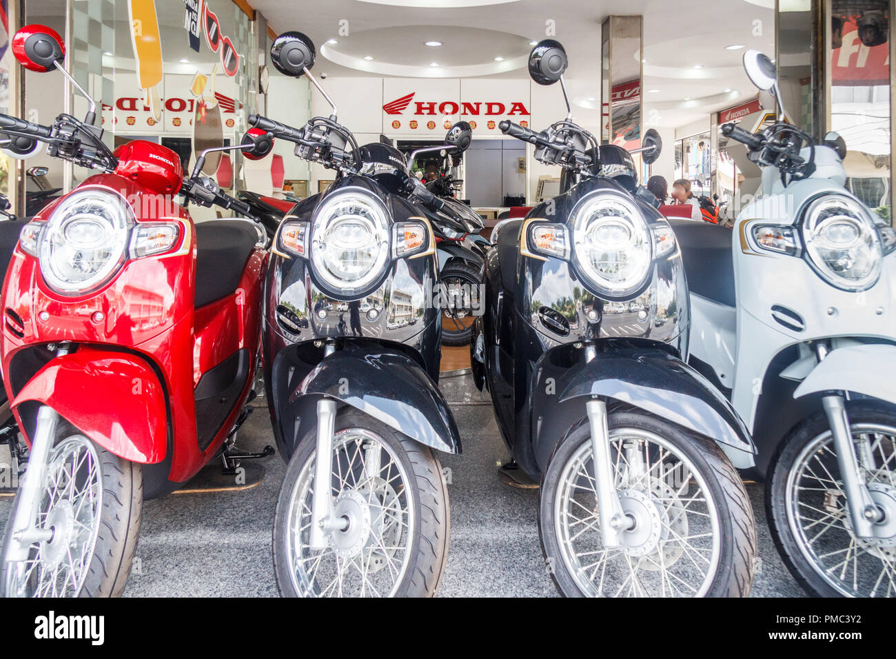 Japanese Motorbikes Stock Photos Images 1970 Honda 75cc Motorcycle Phuket Town Thailand 6th August 2018 In Showroom The Brand