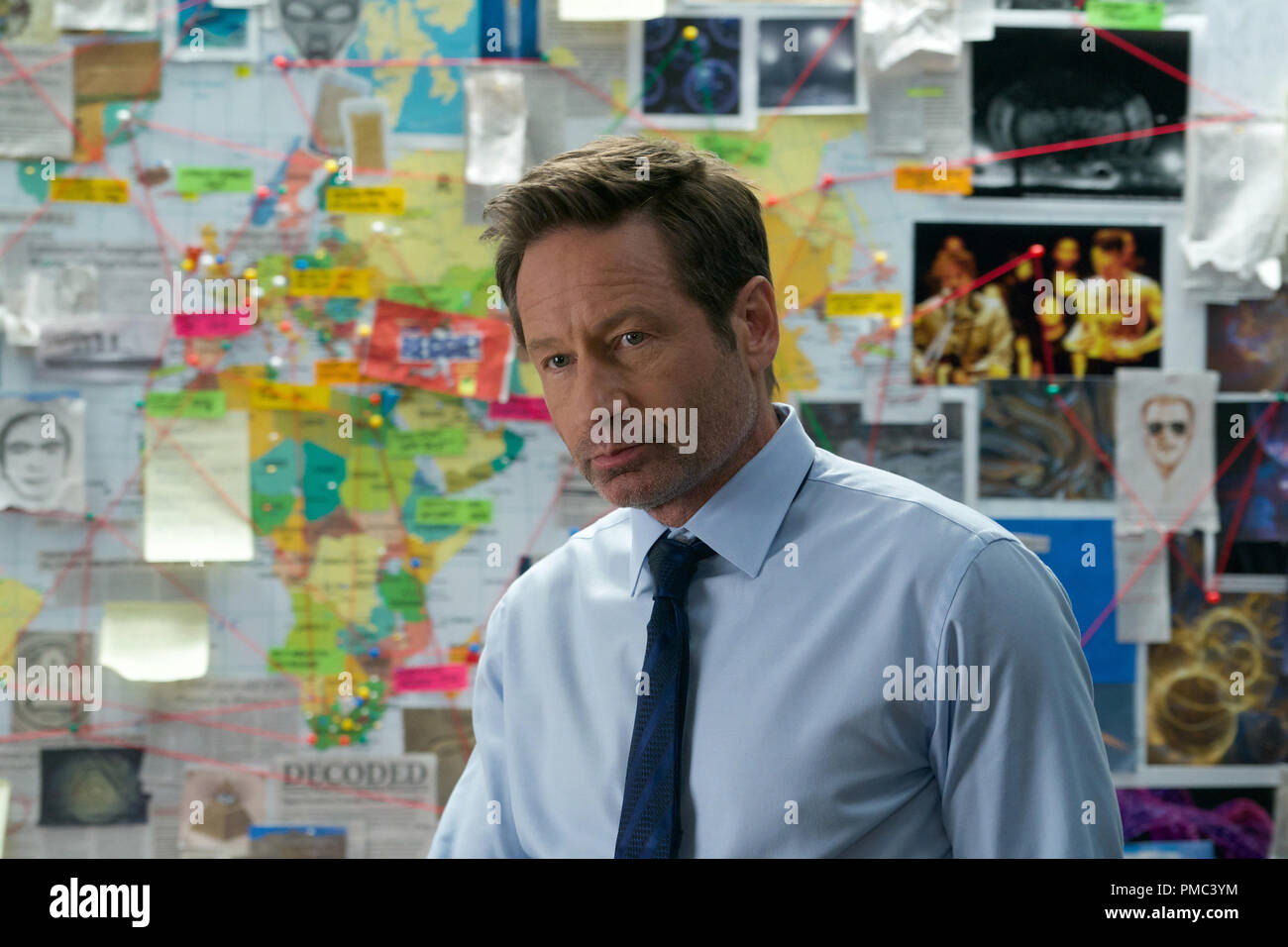 THE X-FILES:  David Duchovny in the 'The Lost Art Of Forehead Sweat' episode of THE X-FILES on Fox. © 2018 Fox Broadcasting Co.  Cr:  Shane Harvey/Fox - Stock Image