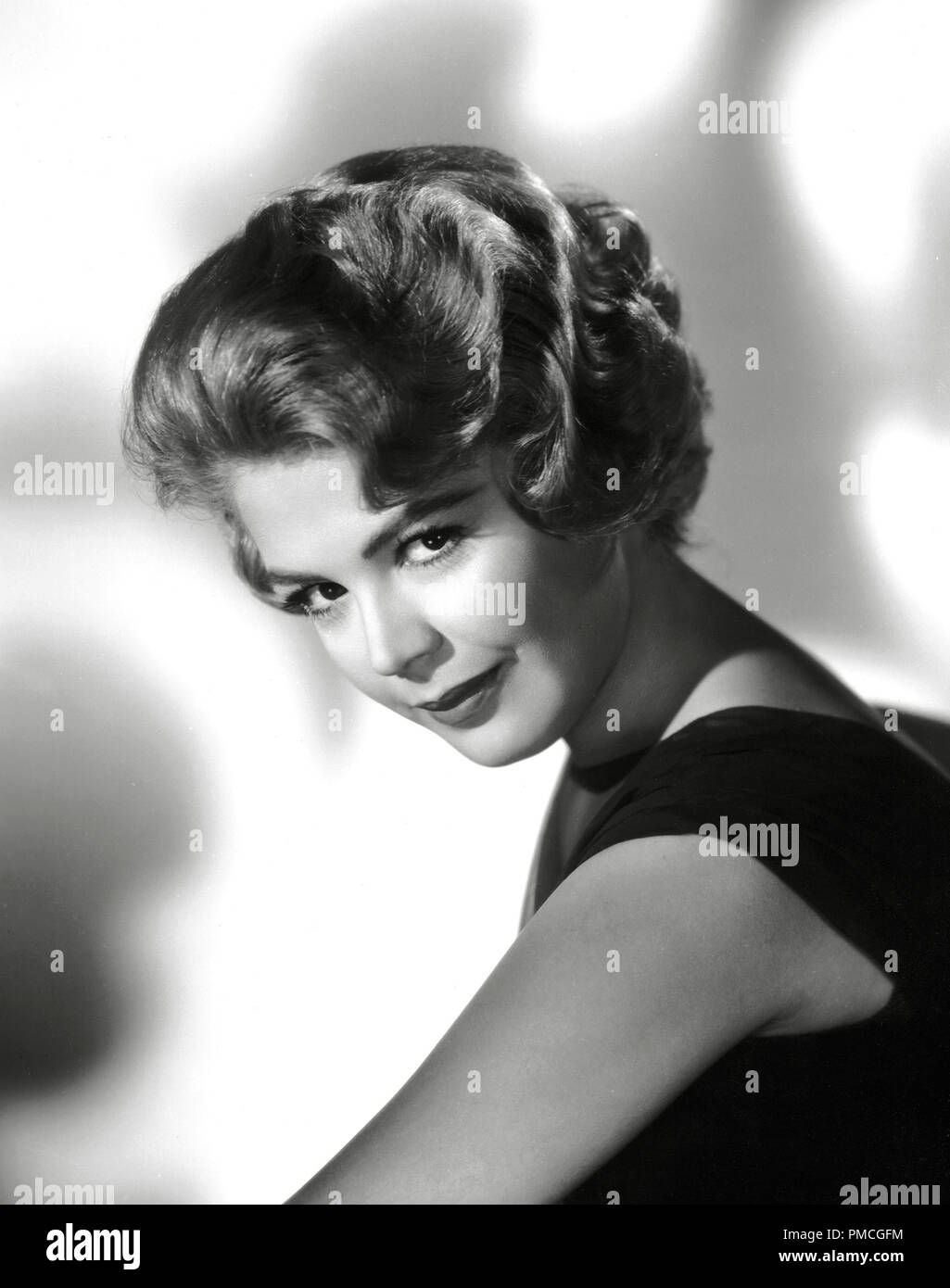 Sandra dee portrait in black 1960 universal file reference 33536 851tha for editorial use only all rights reserved