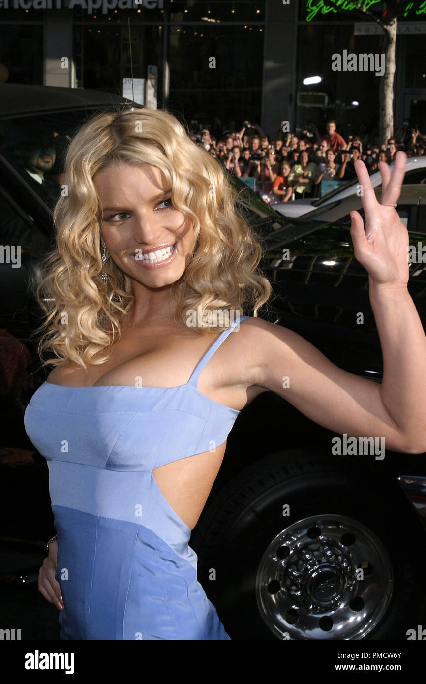 'The Dukes of Hazzard' (Premiere) Jessica Simpson 07-29-2005 / Grauman's Chinese Theatre / Hollywood, CA Photo by Joseph Martinez / PictureLux   File Reference # 22452_0033PLX  For Editorial Use Only -  All Rights Reserved - Stock Image