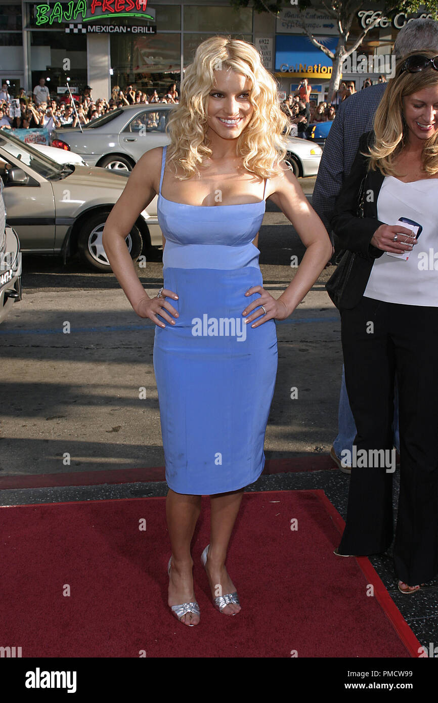'The Dukes of Hazzard' (Premiere) Jessica Simpson 07-29-2005 / Grauman's Chinese Theatre / Hollywood, CA Photo by Joseph Martinez / PictureLux   File Reference # 22452_0087PLX  For Editorial Use Only -  All Rights Reserved - Stock Image