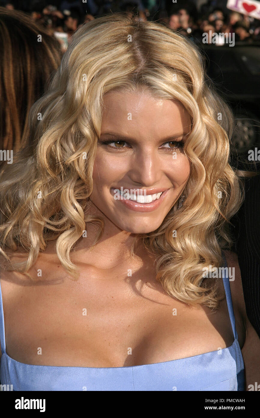'The Dukes of Hazzard' (Premiere) Jessica Simpson 07-29-2005 / Grauman's Chinese Theatre / Hollywood, CA Photo by Joseph Martinez / PictureLux   File Reference # 22452_0121PLX  For Editorial Use Only -  All Rights Reserved - Stock Image