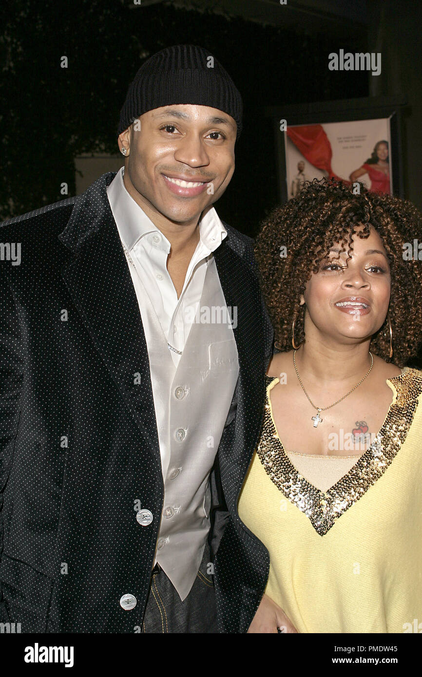 'Last Holiday' (Premiere) LL Cool J (aka James Todd Smith) and wife Symone Smith 01-12-2006 / Cinerama Dome / Hollywood, CA / Paramount Pictures / Photo by Joseph Martinez - All Rights Reserved  File Reference # 22598_0083PLX  For Editorial Use Only -  All Rights Reserved - Stock Image