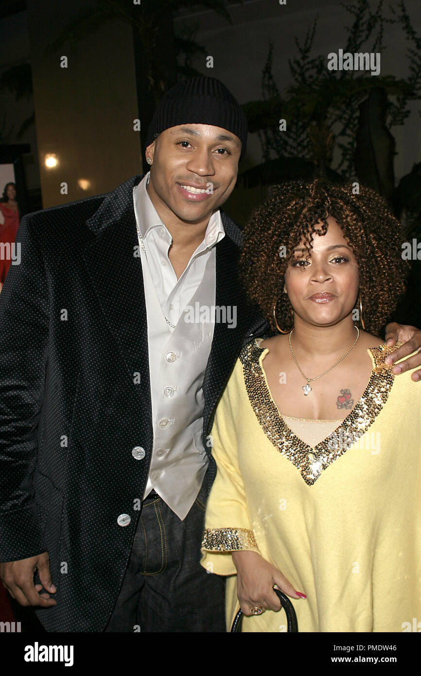 Last Holiday (Premiere) LL Cool J (aka James Todd Smith) and wife Symone Smith 01-12-2006 / Cinerama Dome / Hollywood, CA / Paramount Pictures / Photo by Joseph Martinez - All Rights Reserved  File Reference # 22598_0084PLX  For Editorial Use Only -  All Rights Reserved - Stock Image