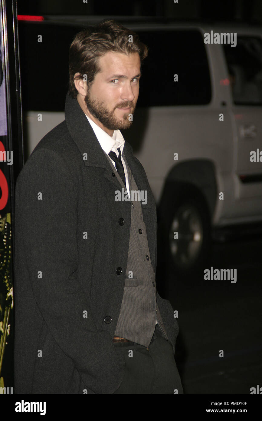 'Smokin' Aces' (Premiere) Ryan Reynolds 1-18-2007 / Grauman's Chinese Theater / Hollywood, CA / Universal Pictures / Photo by Joseph Martinez - All Rights Reserved  File Reference # 22905_0022PLX  For Editorial Use Only - - Stock Image