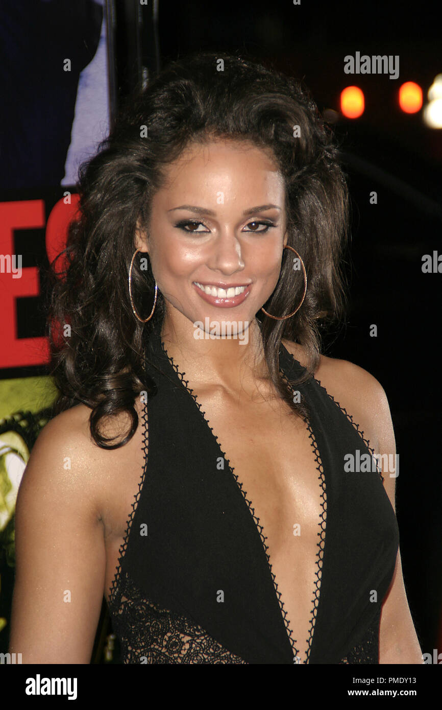 'Smokin' Aces' (Premiere) Alicia Keys 1-18-2007 / Grauman's Chinese Theater / Hollywood, CA / Universal Pictures / Photo by Joseph Martinez - All Rights Reserved  File Reference # 22905_0035PLX  For Editorial Use Only - - Stock Image