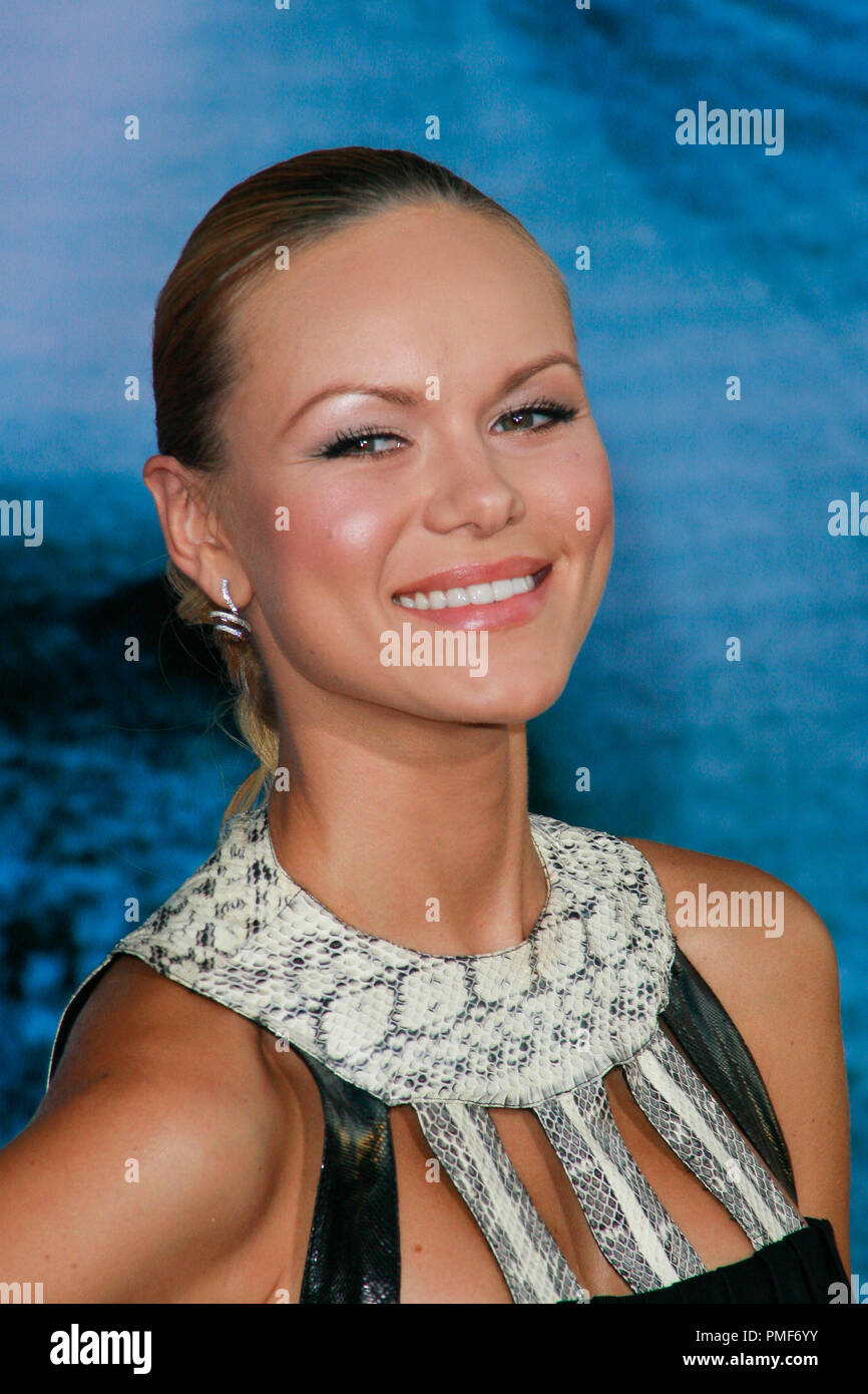 Anya Monzikova at Touchstone Pictures' 'Surrogates' Premiere. Arrivals held at the El Capitan Theatre in Hollywood, CA September 24, 2009.  Photo by: Joseph Martinez / PictureLux File Reference # 30078_22JM   For Editorial Use Only - - Stock Image