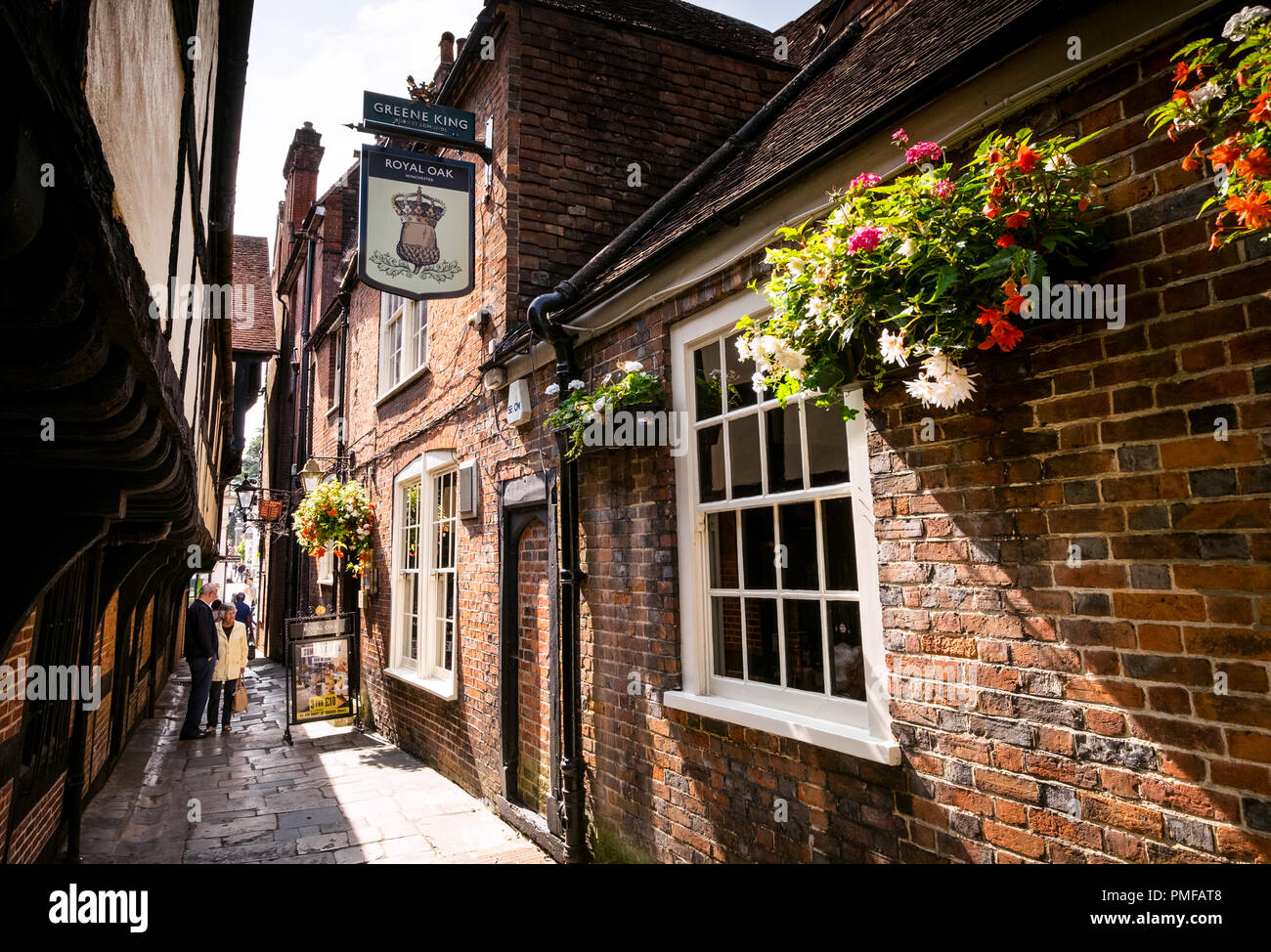 The Royal Oak pub in Winchester which is claimed to be the oldest pub in England with parts of the bar dating back to 1002 - Stock Image