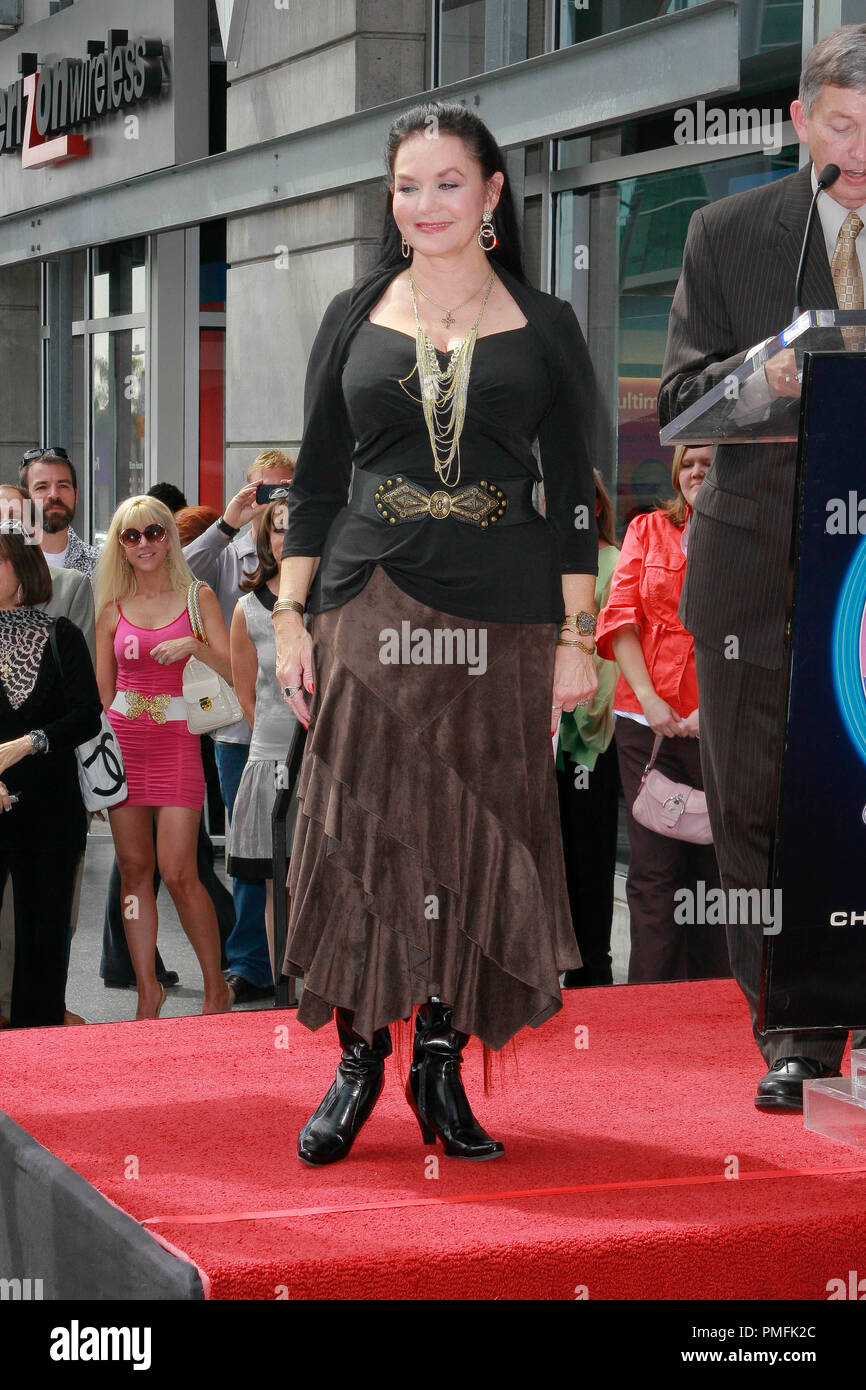Crystal Gayle at the Hollywood Chamber of Commerce ceremony to honor her with the 2,390th Star on the Hollywood Walk of Fame on Vine Street near Sunset Boulevard in Hollywood, CA, October 2, 2009. Photo by Picturelux File Reference # 30082_02PLX   For Editorial Use Only -  All Rights Reserved - Stock Image