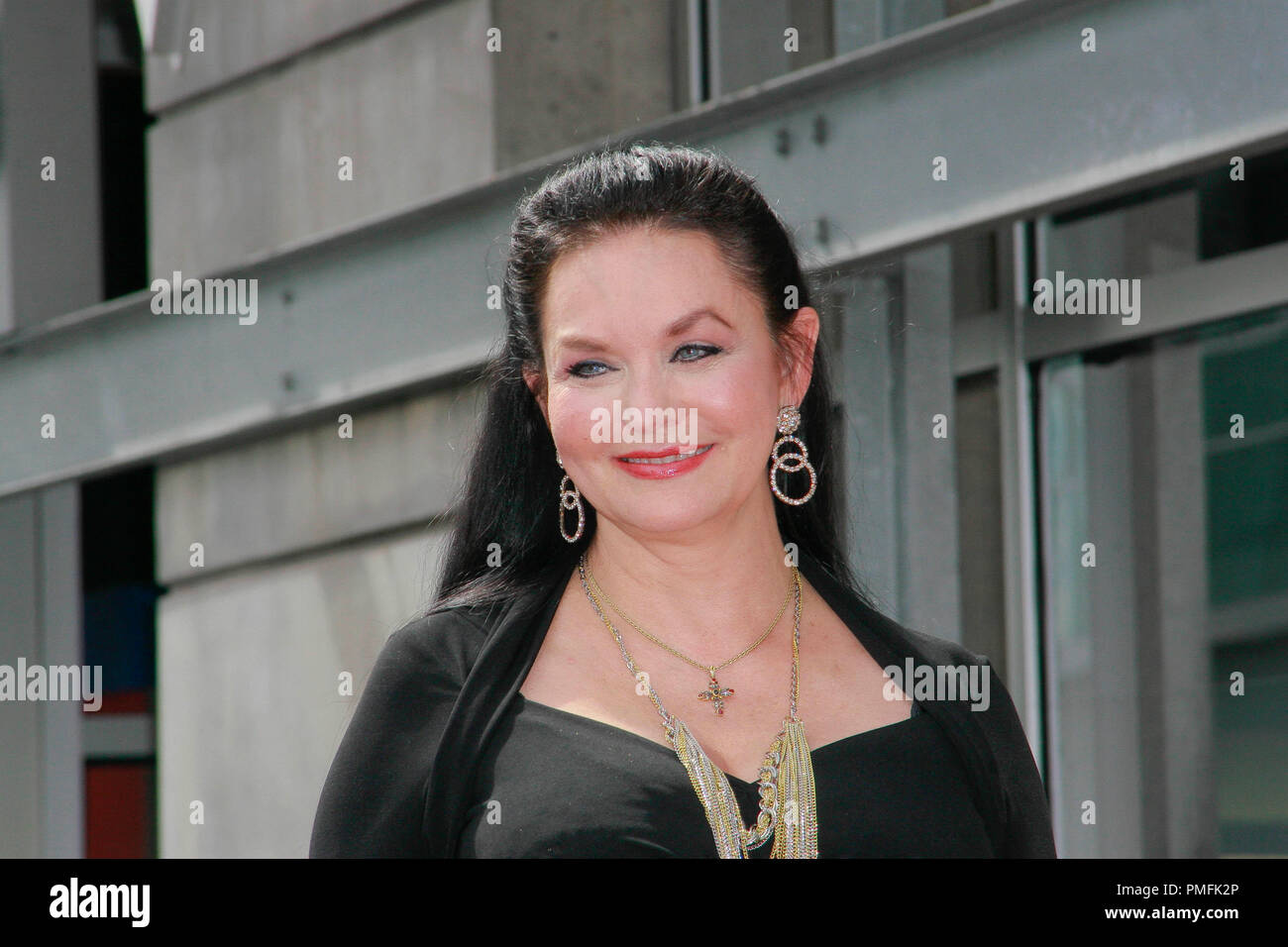 Crystal Gayle at the Hollywood Chamber of Commerce ceremony to honor her with the 2,390th Star on the Hollywood Walk of Fame on Vine Street near Sunset Boulevard in Hollywood, CA, October 2, 2009. Photo by Picturelux File Reference # 30082_12PLX   For Editorial Use Only -  All Rights Reserved - Stock Image