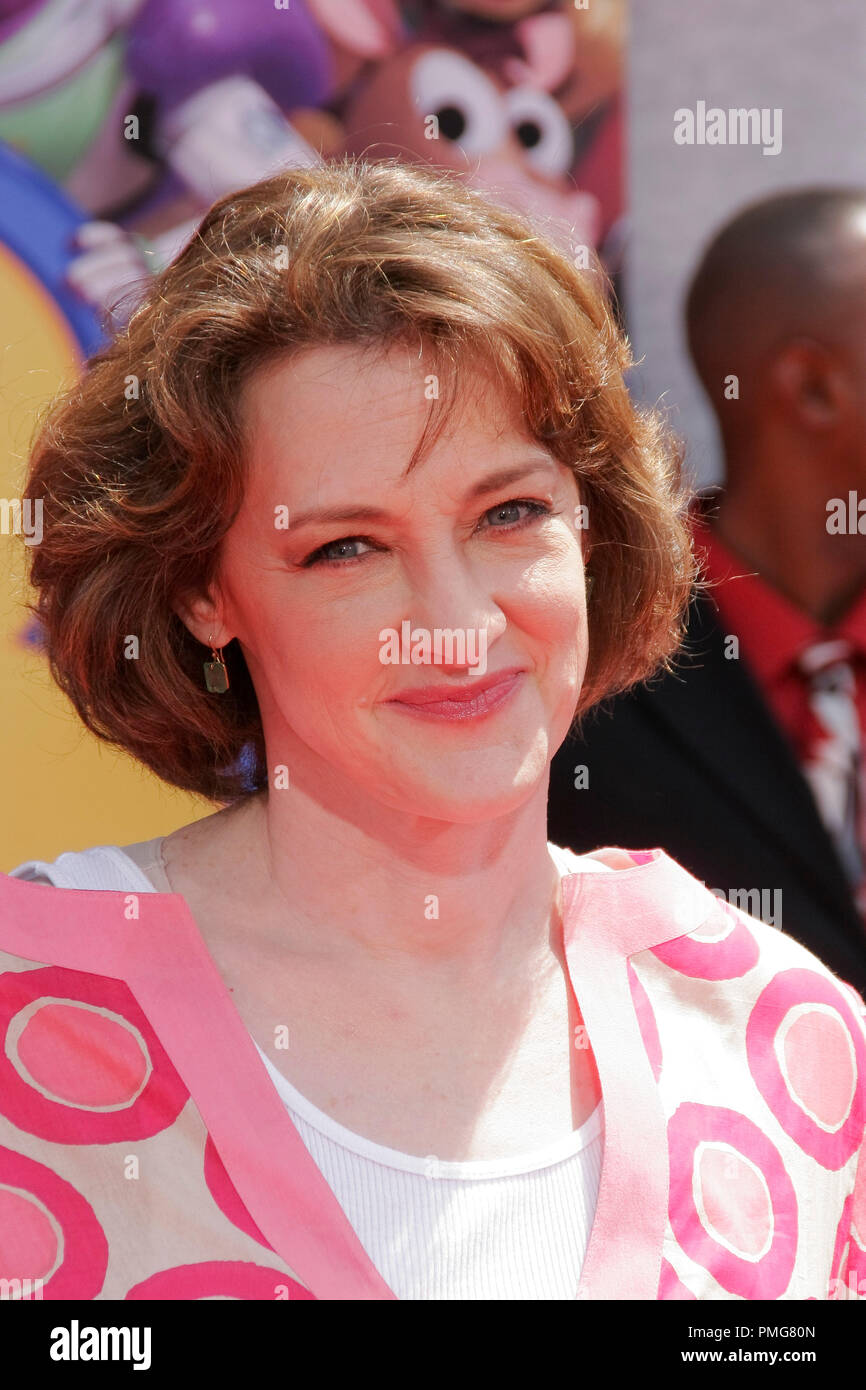 Joan Cusack At The Premiere Of Disney Pixar S Toy Story 3