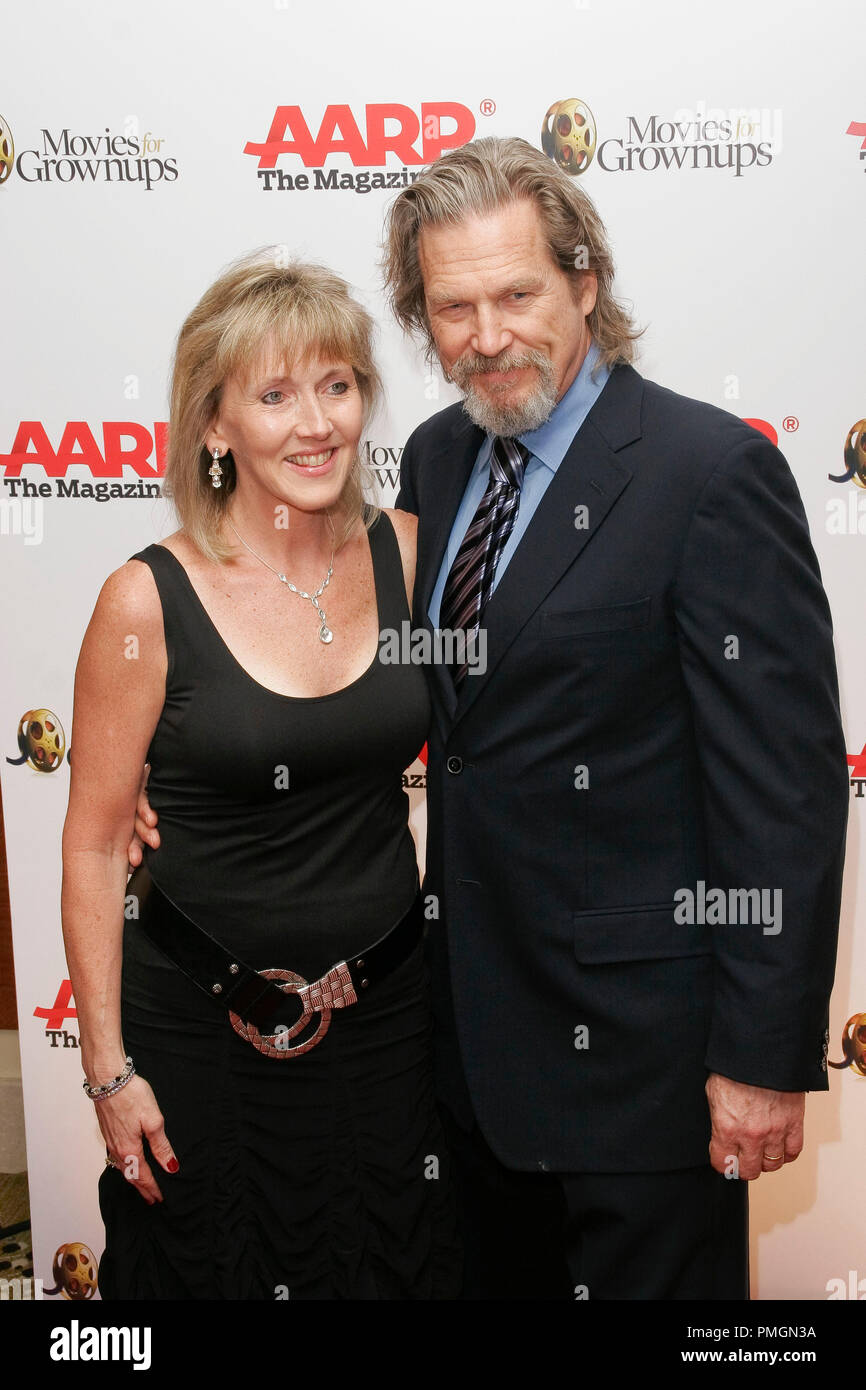 Jeff Bridges at the 9th Annual Movies for Grownups Awards. Arrivals held at the Beverly Wilshire Hotel in Beverly Hills, CA February 16, 2010. Photo by PictureLux File Reference # 30131_047PLX   For Editorial Use Only -  All Rights Reserved - Stock Image