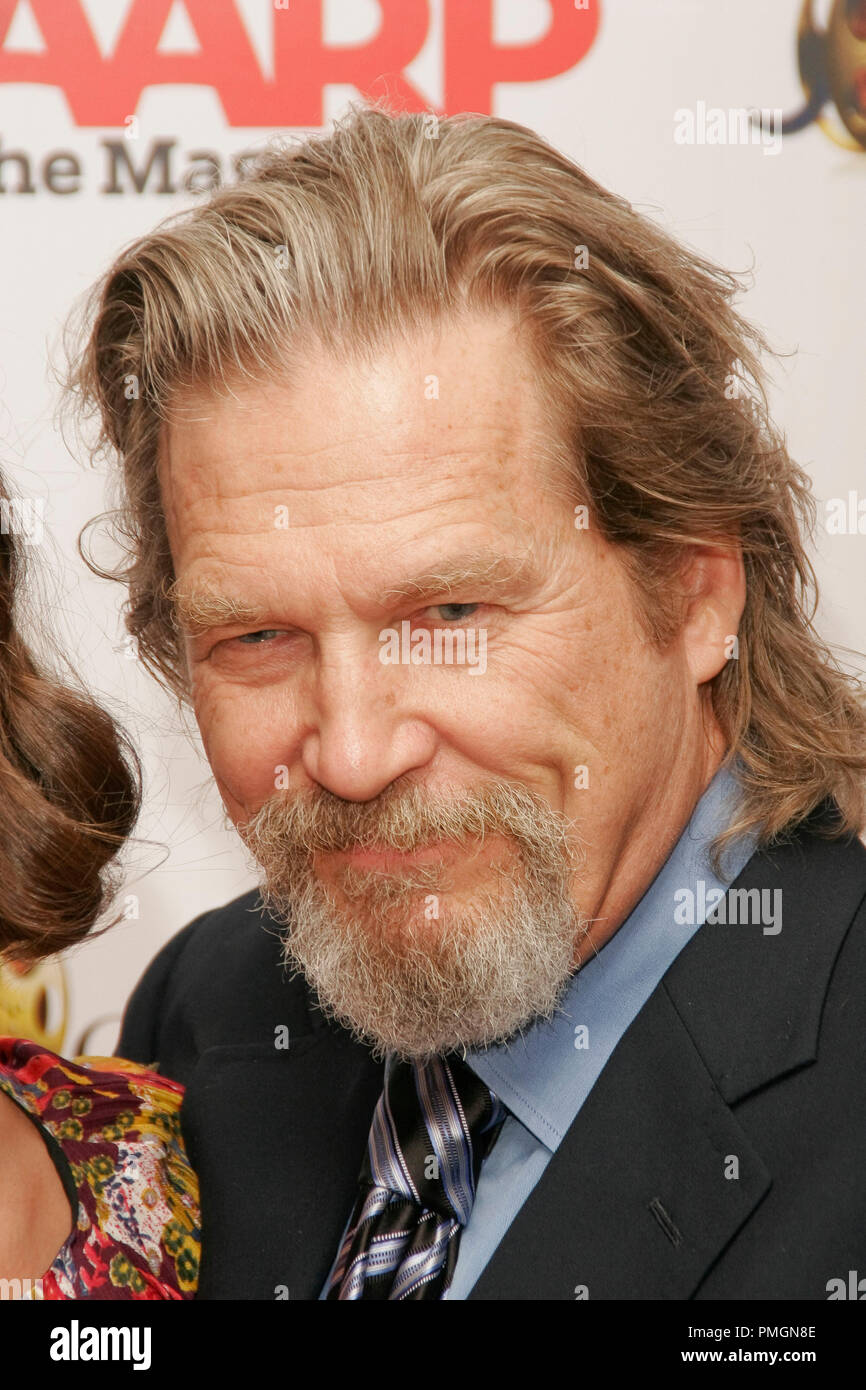 Jeff Bridges at the 9th Annual Movies for Grownups Awards. Arrivals held at the Beverly Wilshire Hotel in Beverly Hills, CA February 16, 2010. Photo by PictureLux File Reference # 30131_090PLX   For Editorial Use Only -  All Rights Reserved - Stock Image