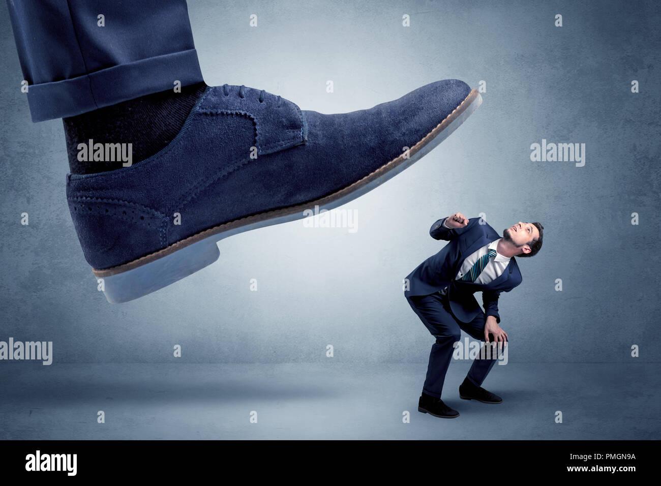 To Crush Stock Photos & To Crush Stock Images - Alamy