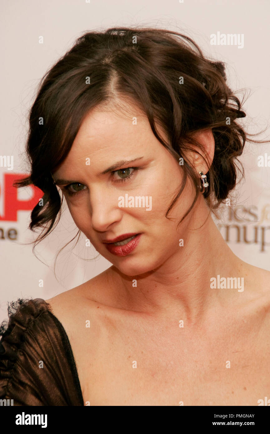 Juliette Lewis at the 9th Annual Movies for Grownups Awards. Arrivals held at the Beverly Wilshire Hotel in Beverly Hills, CA February 16, 2010. Photo by PictureLux File Reference # 30131_114PLX   For Editorial Use Only -  All Rights Reserved - Stock Image