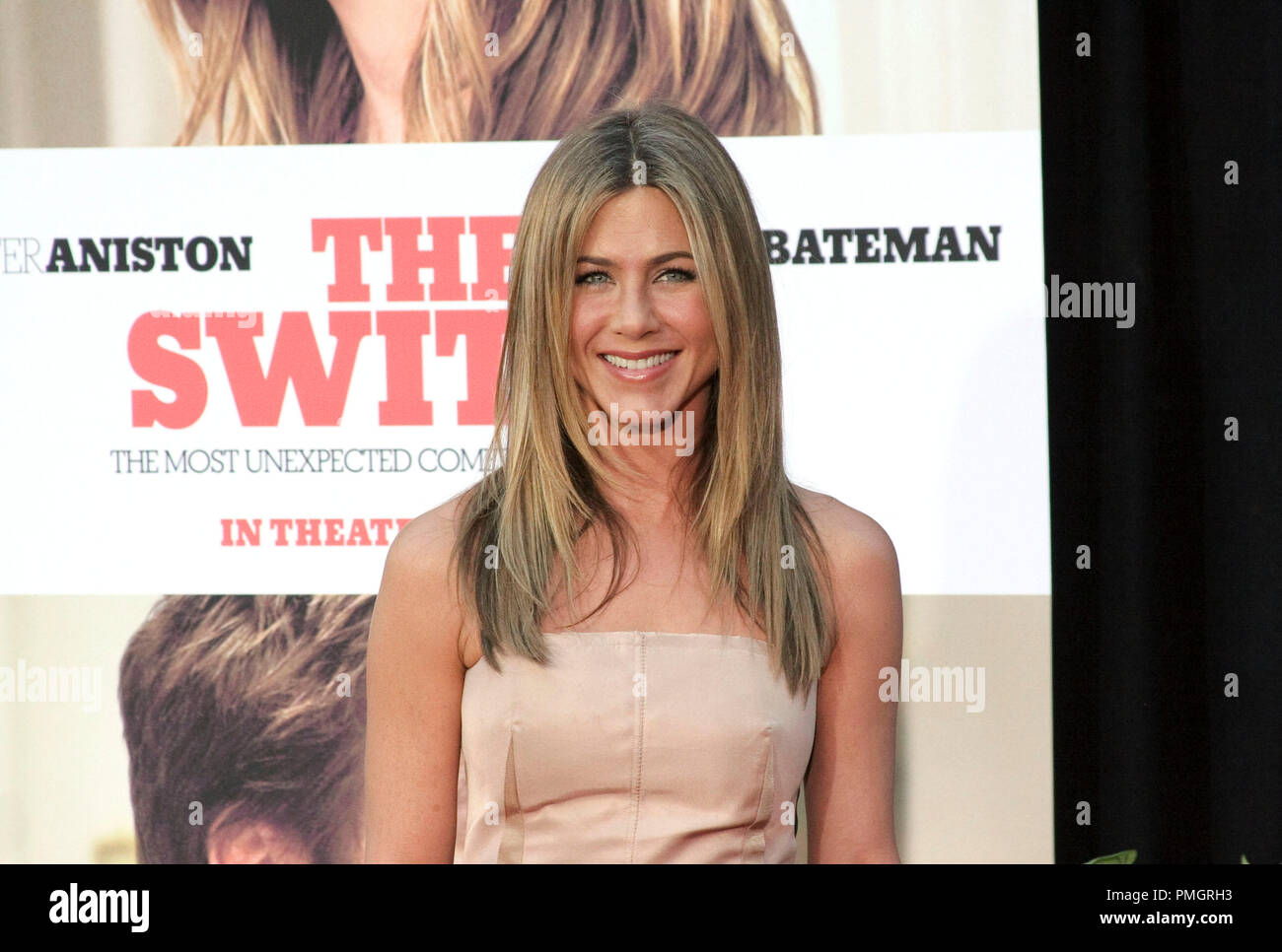 Jennifer Aniston at the World Premiere of Miramax Films and Mandate Pictures 'The Switch'. Arrivals held at The Arclight Theatre in Hollywood, CA. August 16, 2010. Photo by: Richard Chavez / PictureLux File Reference # 30417_057RAC   For Editorial Use Only -  All Rights Reserved - Stock Image