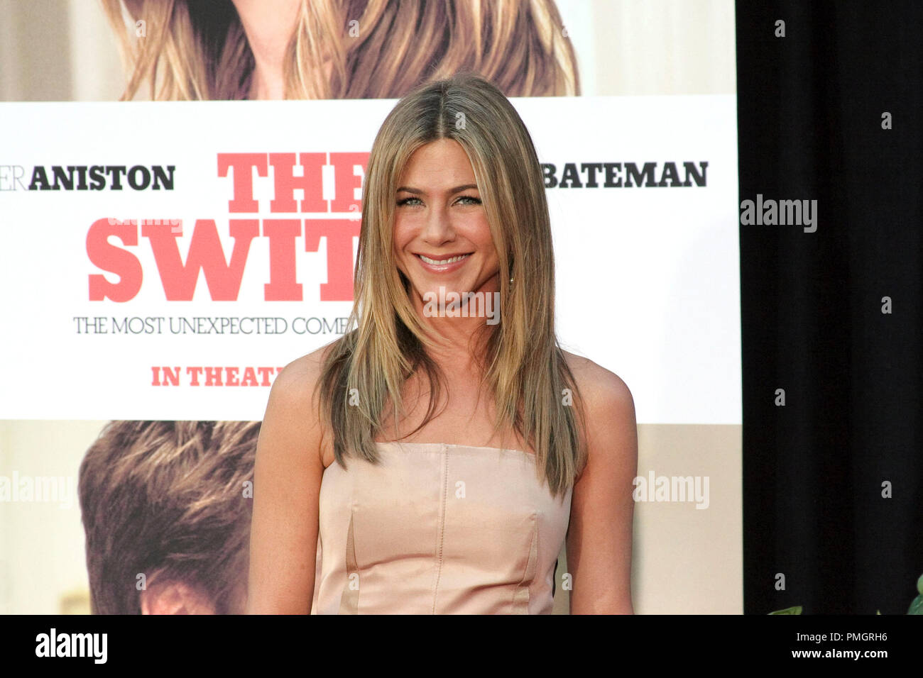 Jennifer Aniston at the World Premiere of Miramax Films and Mandate Pictures 'The Switch'. Arrivals held at The Arclight Theatre in Hollywood, CA. August 16, 2010. Photo by: Richard Chavez / PictureLux File Reference # 30417_058RAC   For Editorial Use Only -  All Rights Reserved - Stock Image