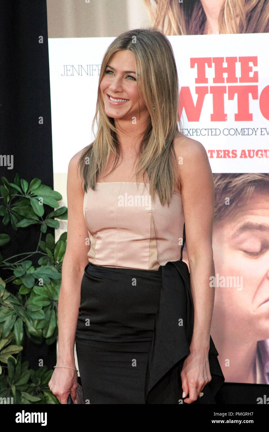 Jennifer Aniston at the World Premiere of Miramax Films and Mandate Pictures 'The Switch'. Arrivals held at The Arclight Theatre in Hollywood, CA. August 16, 2010. Photo by: Richard Chavez / PictureLux File Reference # 30417_059RAC   For Editorial Use Only -  All Rights Reserved - Stock Image