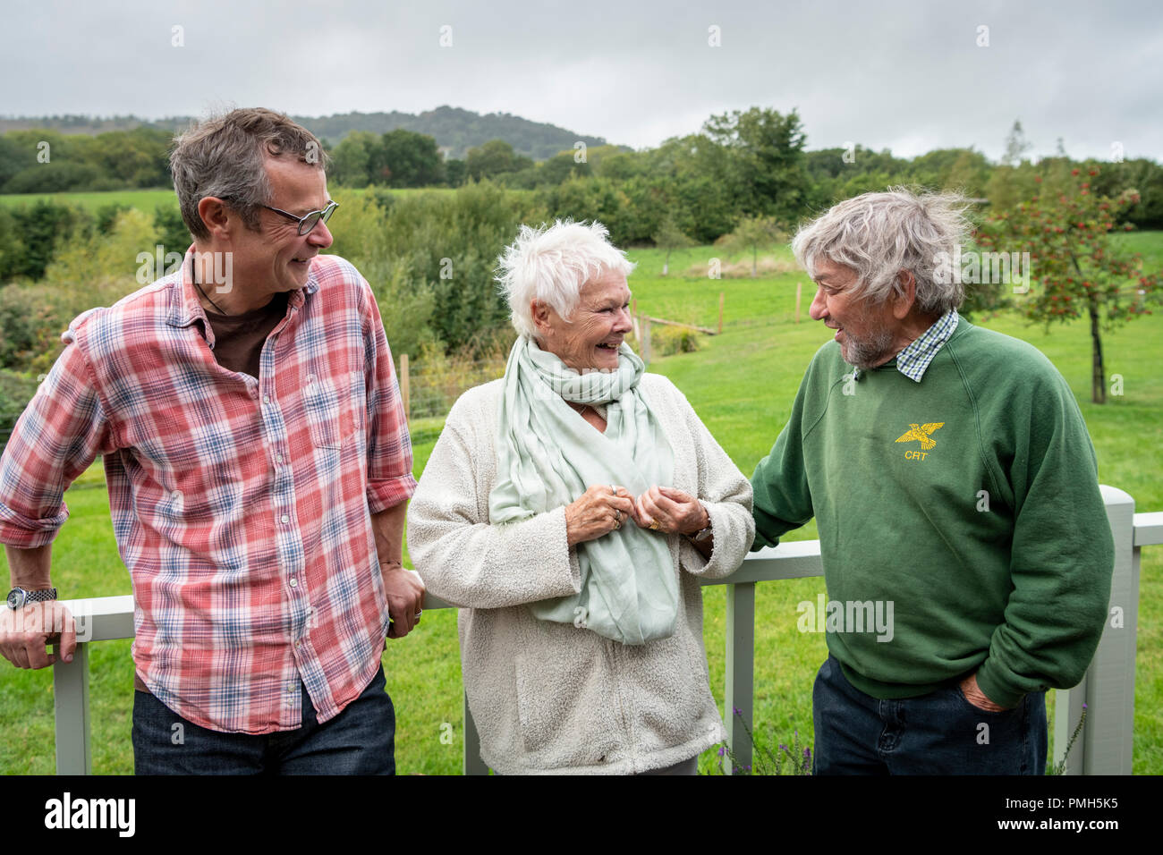 Babers Farm, Marshwood, Dorset UK 18th September 2018. Dame Judi Dench (Trust Patron), Hugh Fearnley-Whittingstall and Robin Page (Trust Chairman) meet at the Countryside Restoration Trust Farm. This was one of several events marking the 25th Anniversary of the Trust whose aim is for conservation improvements to be carried out alongside practical farming and land management. Credit: Julian Eales/Alamy Live News - Stock Image