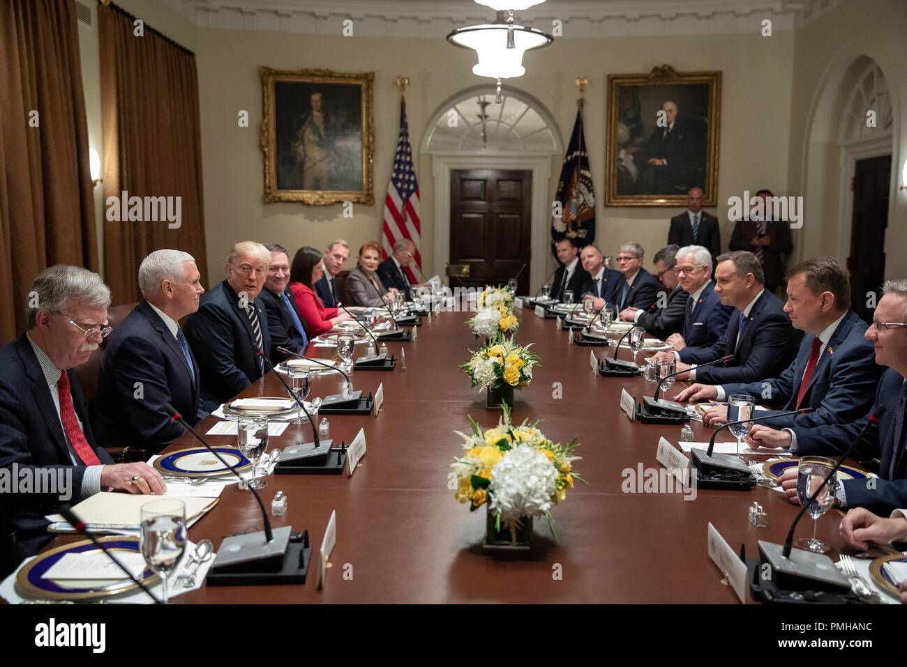 U.S President Donald Trump, right, hosts delegation level discussions with Polish President Andrzej Duda, right, in the Cabinet Room of the White House September 18, 2018 in Washington, DC. - Stock Image