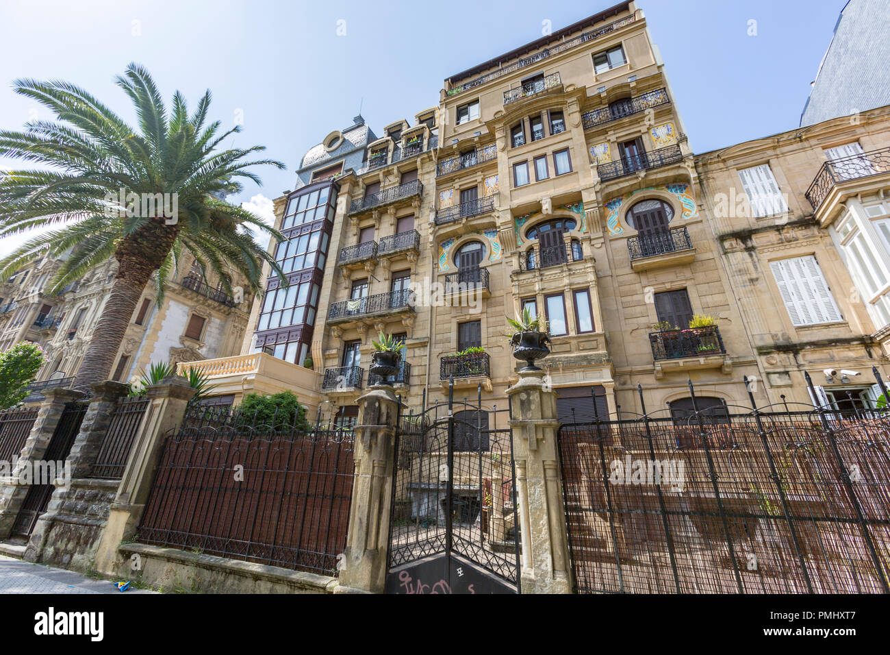Apartments buildings in Gernikako Arbola Pasealekua, San Sebastian, Donostia, Basque Country, Spain - Stock Image