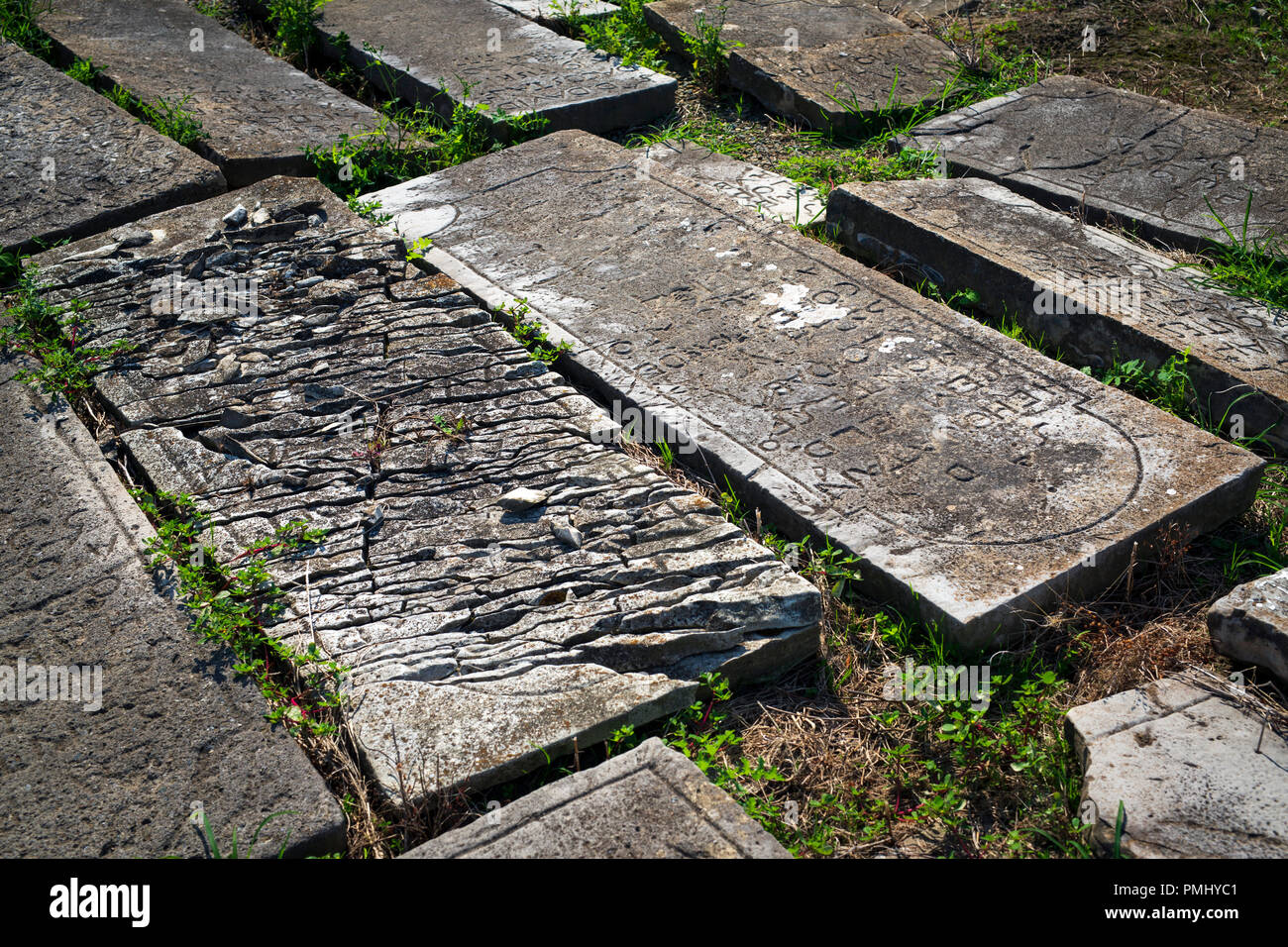 Allée De Niert Bayonne burials stock photos & burials stock images - alamy