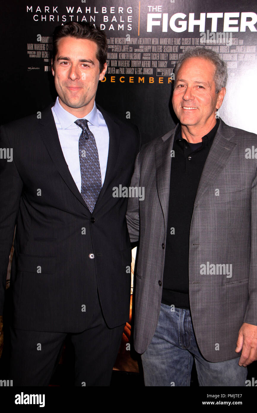 Todd Lieberman, David Hoberman 12/06/10 'The Fighter' Premiere @ Grauman's Chinese Theatre, Hollywood Ph: Megumi Torii/HNW / PictureLux   File Reference # 30740_127PLX   For Editorial Use Only -  All Rights Reserved - Stock Image