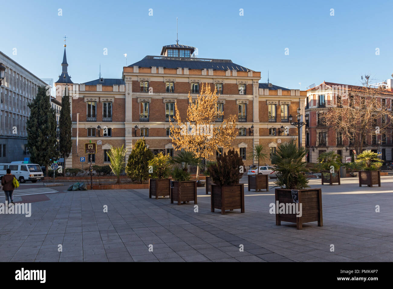 MADRID, SPAIN - JANUARY 22, 2018:  Sunrise view of Plaza de San Martin in Madrid, Spain - Stock Image