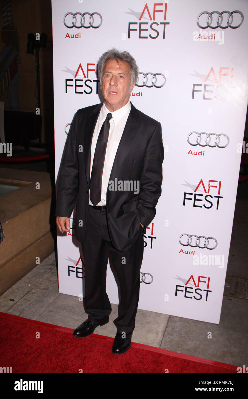 Dustin Hoffman 11/06/10, 'Barney's Version' premiere, Egyptian Theatre, Hollywood Photo by Izumi Hasegawa/HollywoodNewsWire.net  File Reference # 30672_076PLX   For Editorial Use Only -  All Rights Reserved - Stock Image