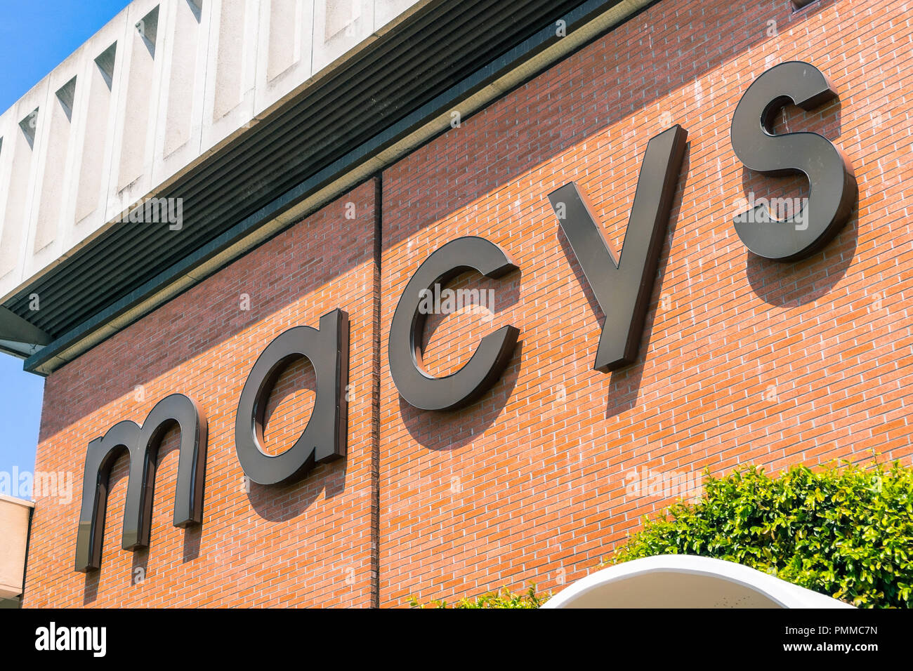 Macys Logo Stock Photos Macys Logo Stock Images Alamy