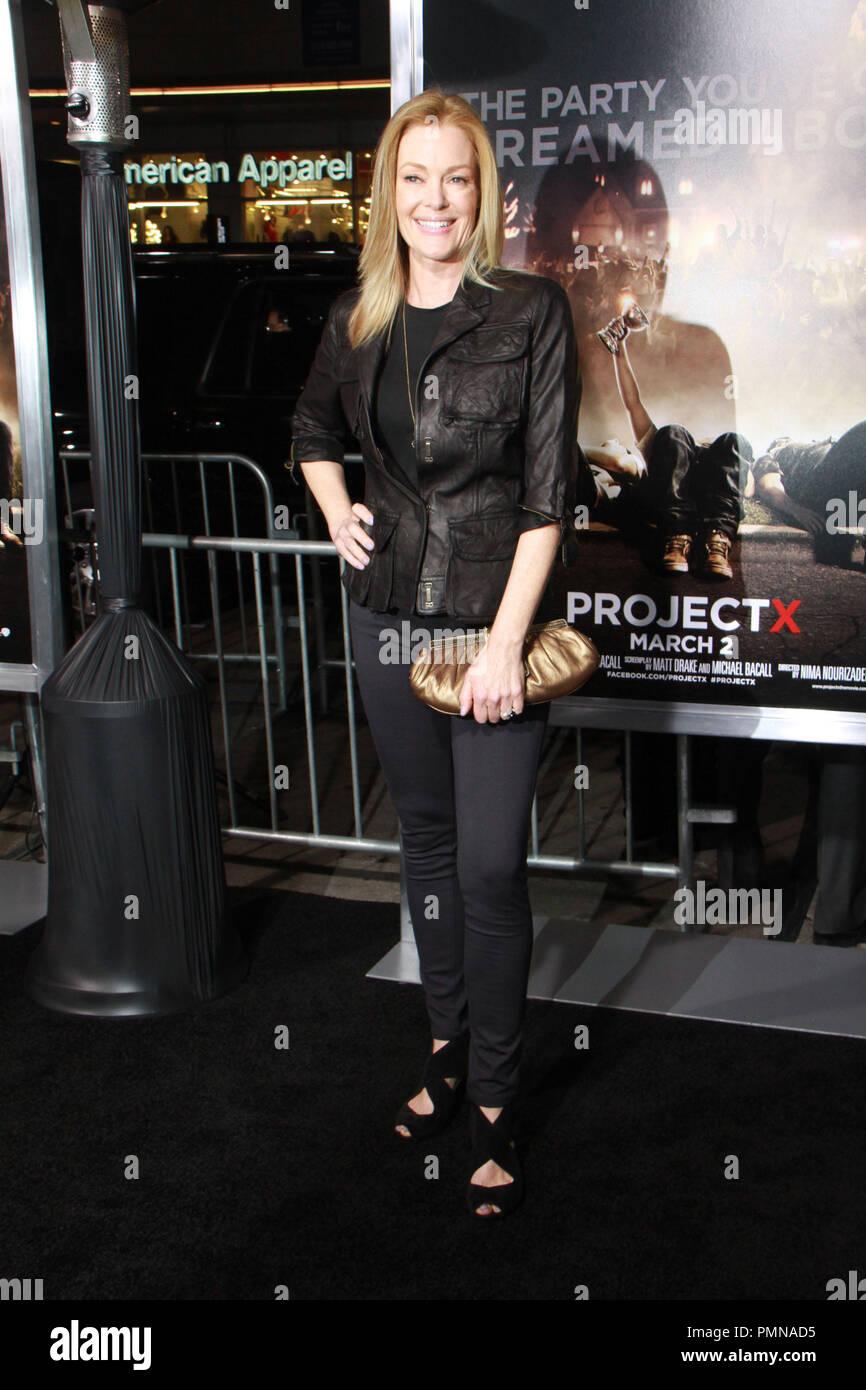 Kate Magowan,Edith Reeves Adult clip Miroslava Cerna,Amanda Seyfried
