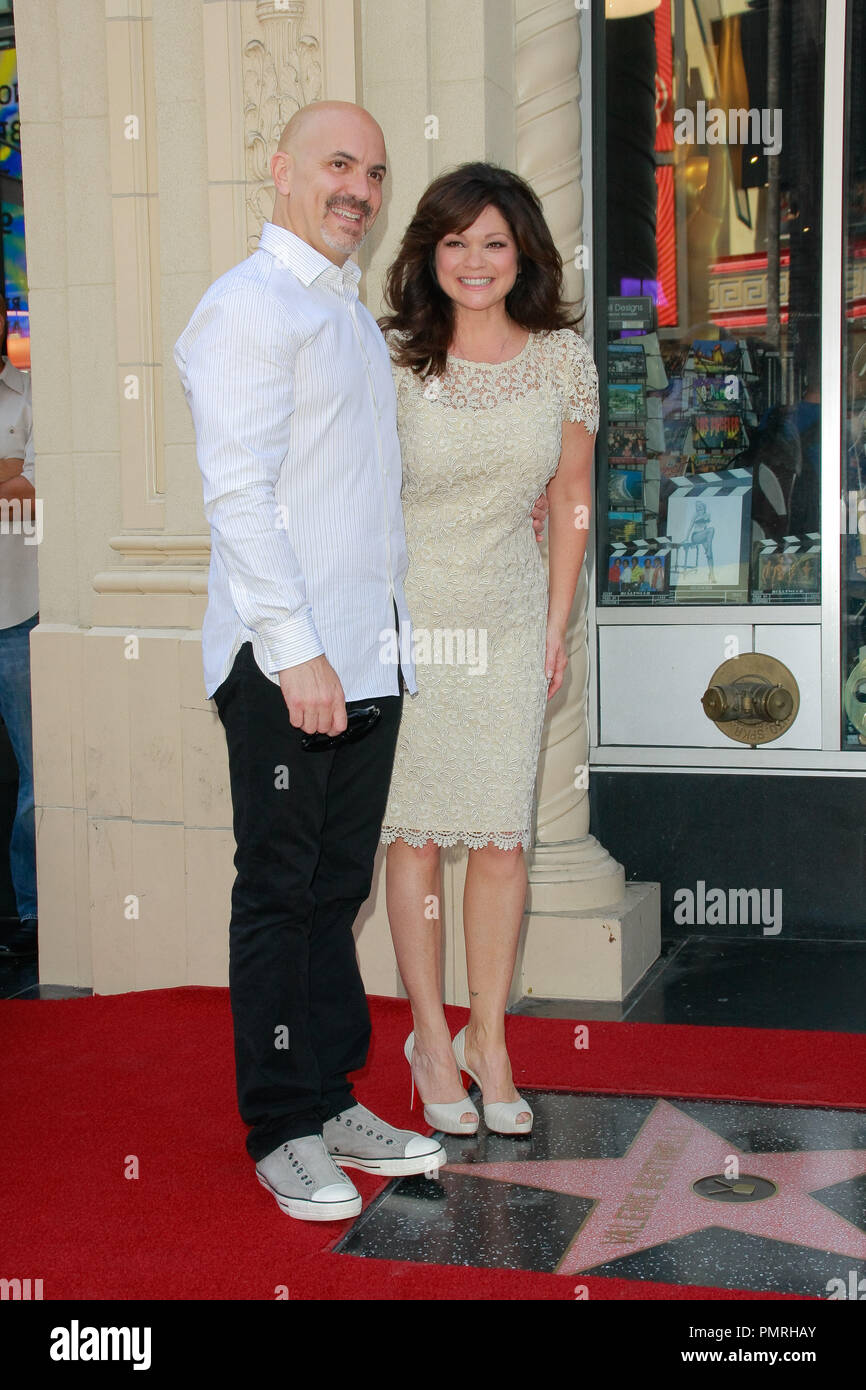88fbba3b22 Valerie Bertinelli with husband Tom Vitale at the Hollywood Chamber of  Commerce ceremony to honor her