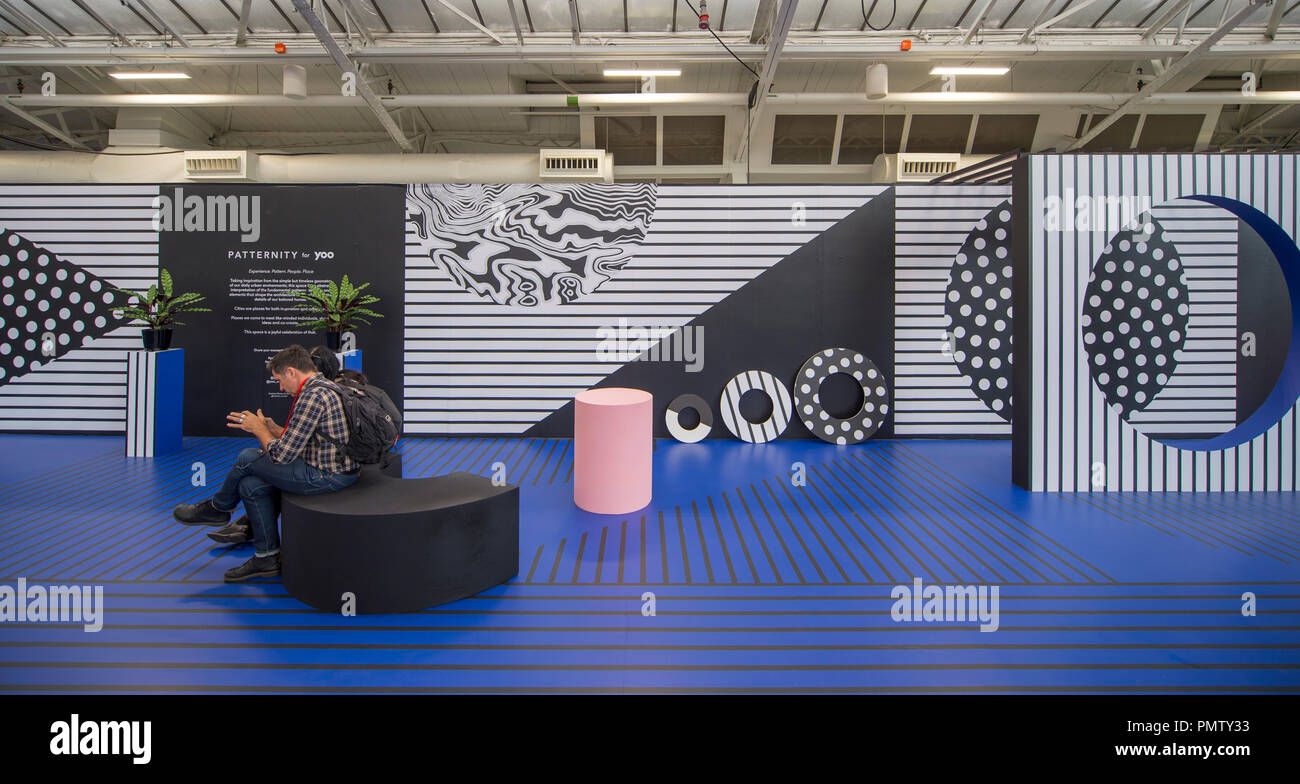 Olympia, London, UK. 19 September, 2018. 100% Design, the largest and longest-running design trade event for industry professionals in the UK, opens at Olympia with over 400 leading brands exhibiting at the heart of the West Kensington Design District. Credit: Malcolm Park/Alamy Live News - Stock Image