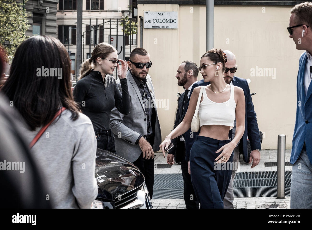 Milan, Italy. 19th sep, 2018. Gigi and Bella Hadid arrive at Alberta Ferretti fashion show for the Milan fashion week in Milan, Italy. Credit: Marco Aprile/Alamy Live Credit: Marco Aprile/Alamy Live News - Stock Image