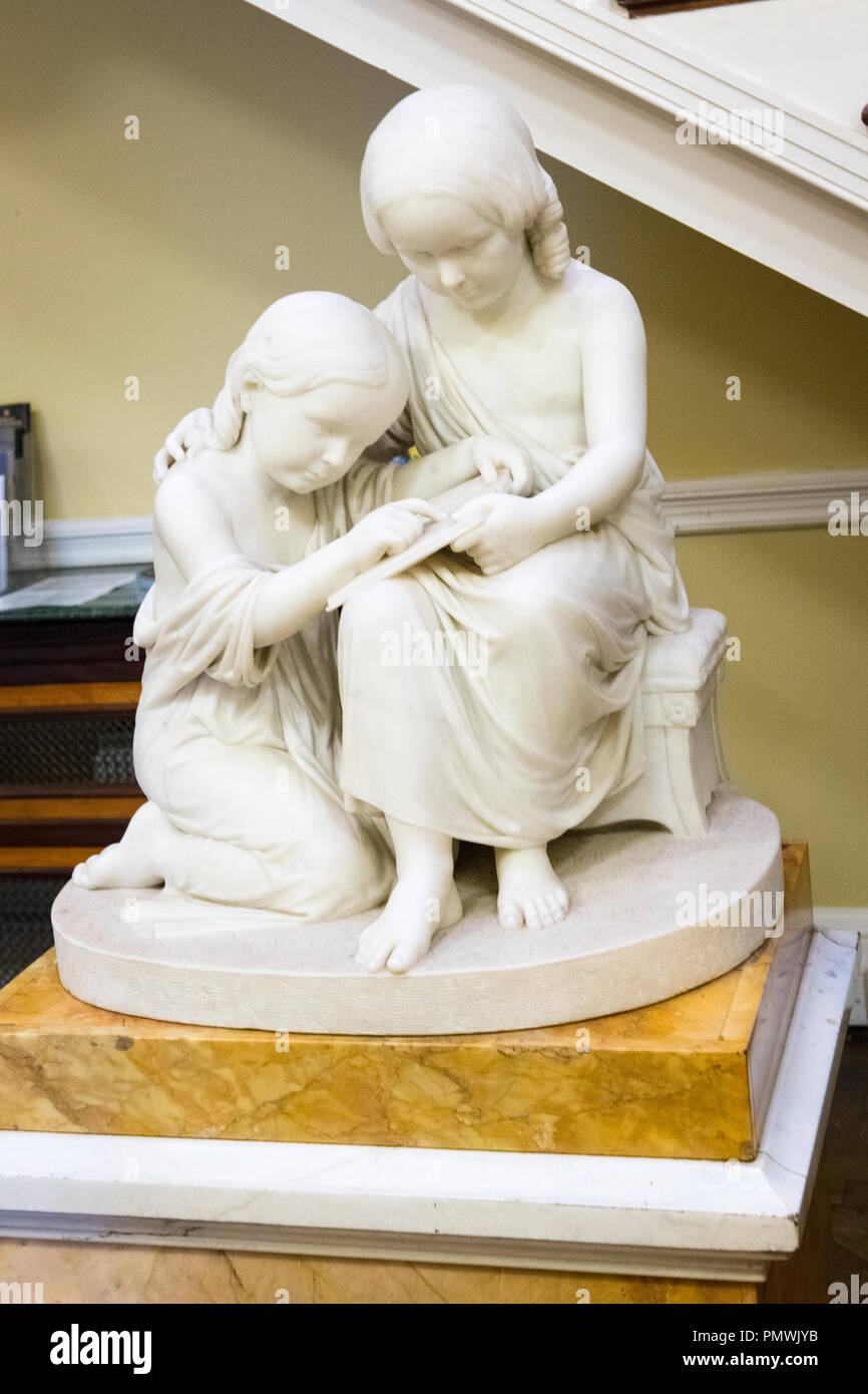 Liverpool Mossley Hill Sudley House built 1821 art collection marble statue Dora & Margaret Naylor reads Lords Prayer by Benjamin E Spence 1852 Stock Photo