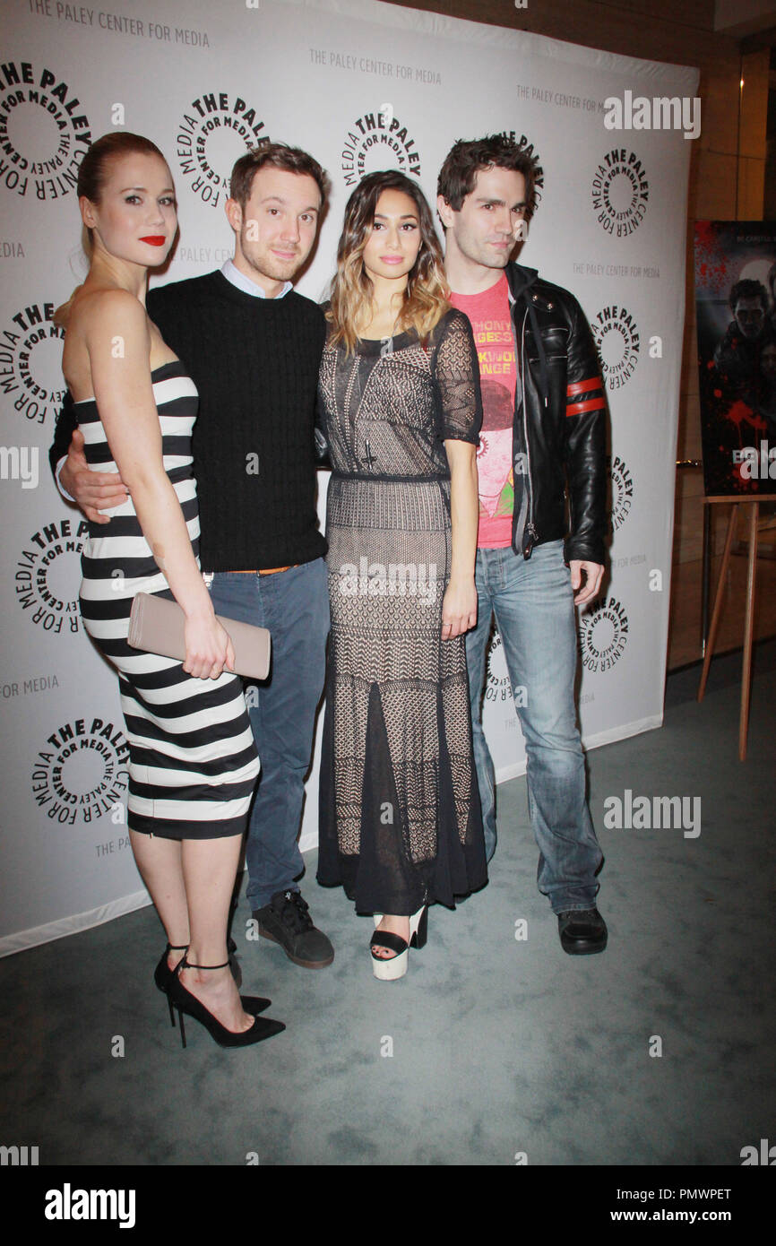 35700bdedfb Sam Witwer And Meaghan Rath Stock Photos   Sam Witwer And Meaghan ...