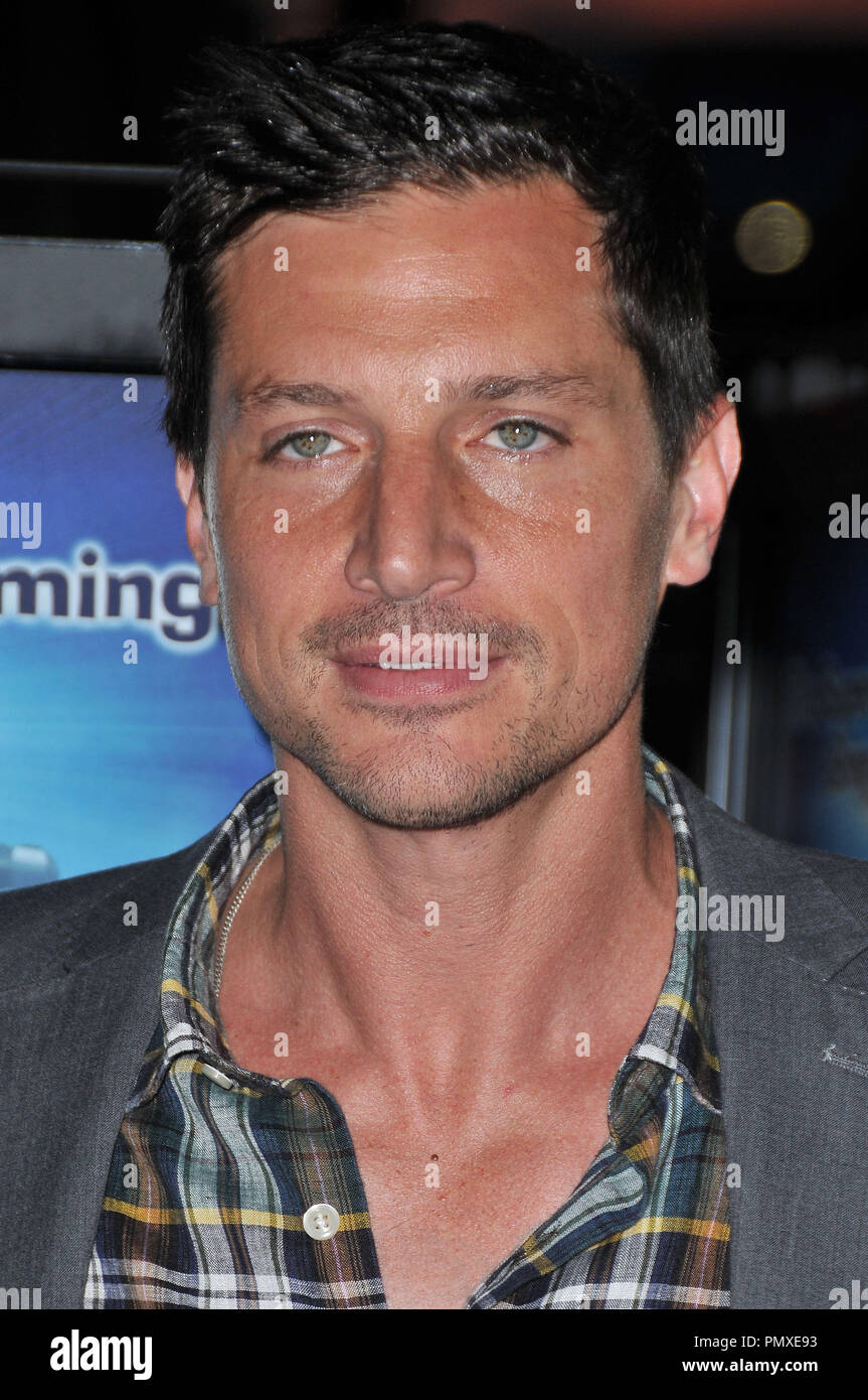 Simon Rex At The Premiere Of Scary Movie 5 Held At The Cinerama Dome In Hollywood