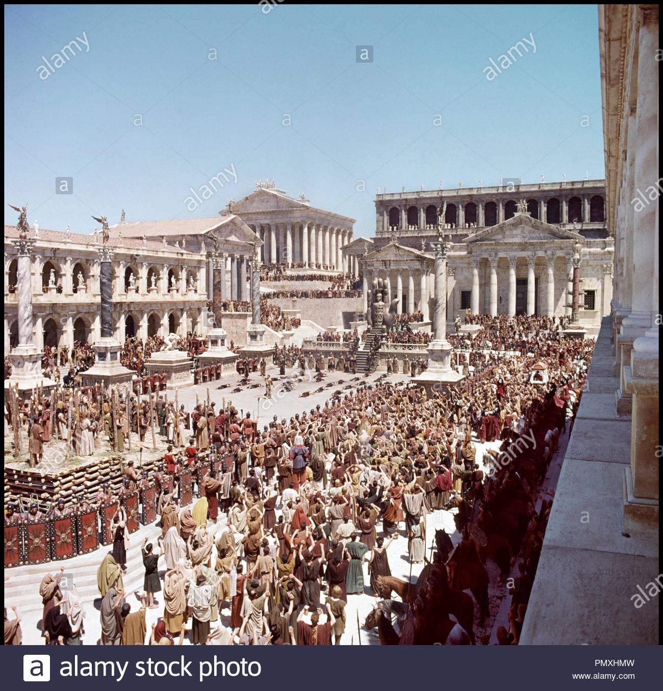 ce129c4a55b9d7 Prod DB © Rank Organisation   DR LA CHUTE DE L EMPIRE ROMAIN (THE FALL OF  THE ROMAN EMPIRE) de Anthony Mann 1964 USA rome antique, senat, forum,  republique ...
