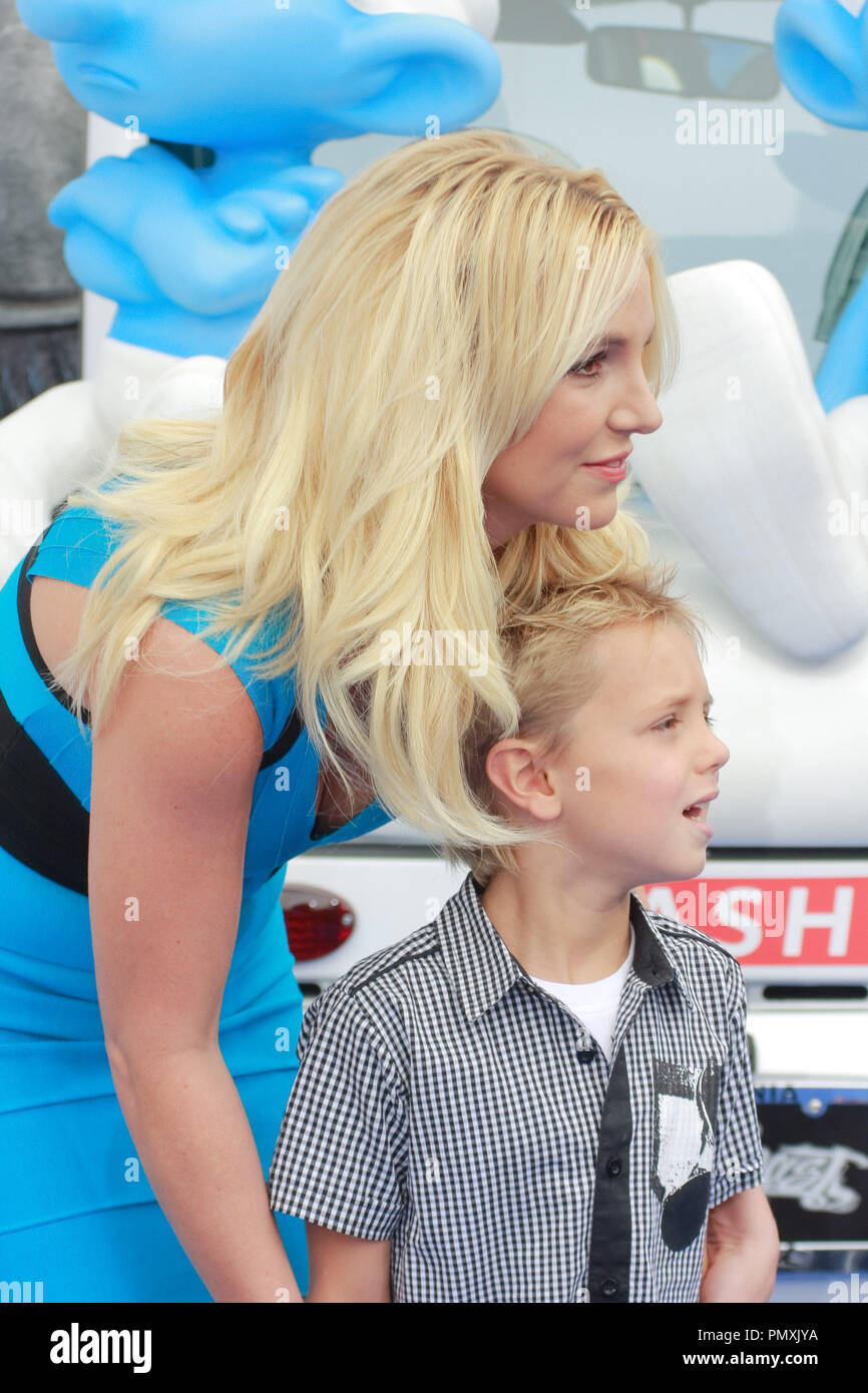 Britney Spears Teaches Kids To Be Just Like Her, Only Normaler new pictures