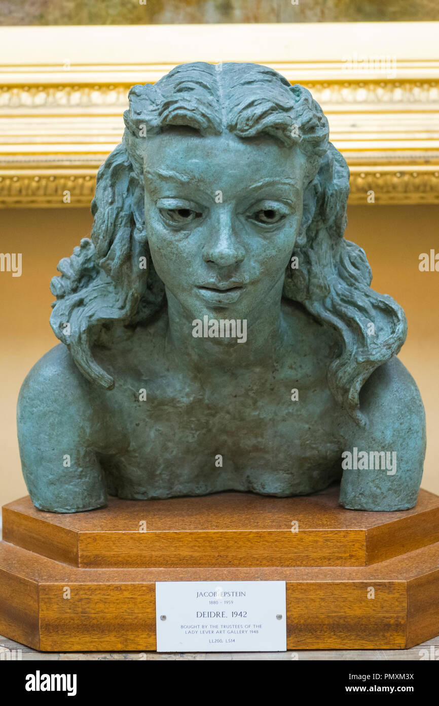 Liverpool Wirral Port Sunlight Village The Lady Lever Art Gallery bronze bust sculpture Deirdre leaning forward 1942 by Jacob Epstein 1880 - 1959 - Stock Image