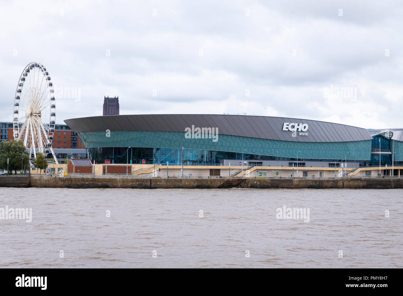 Liverpool  Merseyside the Echo Arena venue live music comedy performances sporting events Big Wheel 42 capsules piazza waterfront 60m high - Stock Image